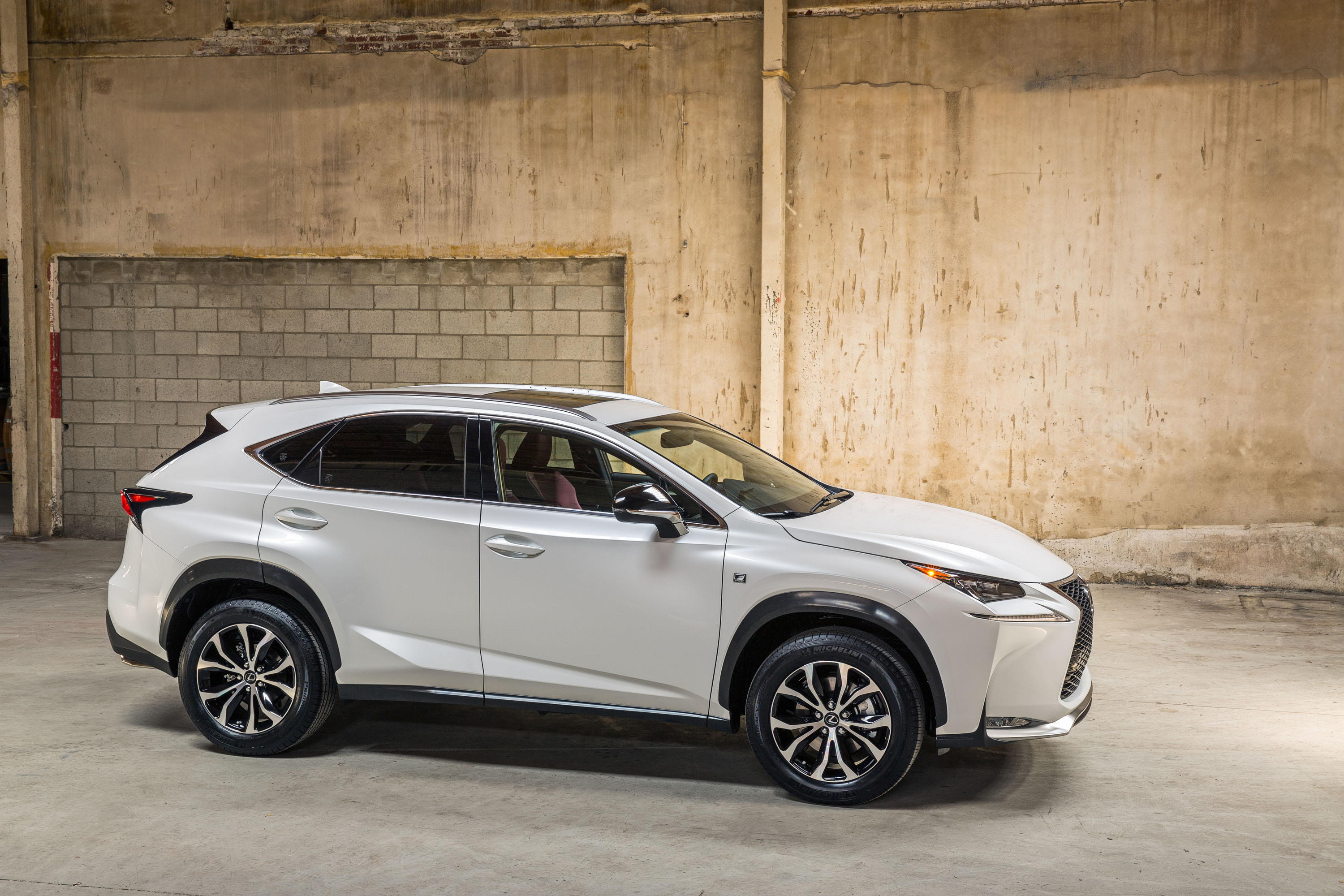 metallic crossover composite lexus silver awd large nx research price groovecar lining