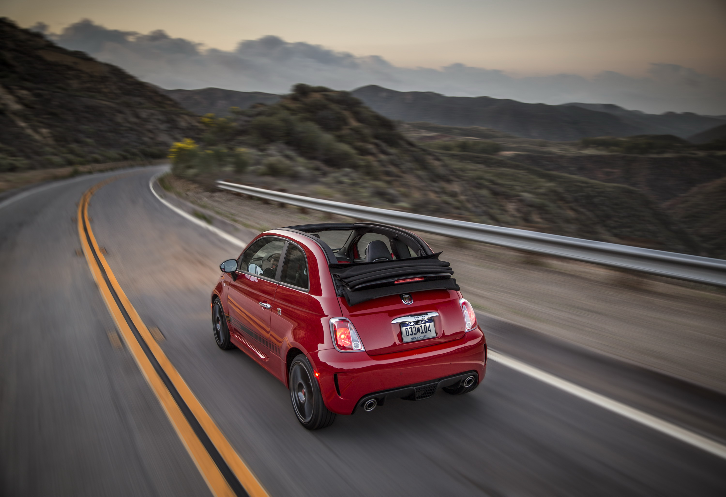 2015 fiat 500 abarth review top speed. Black Bedroom Furniture Sets. Home Design Ideas