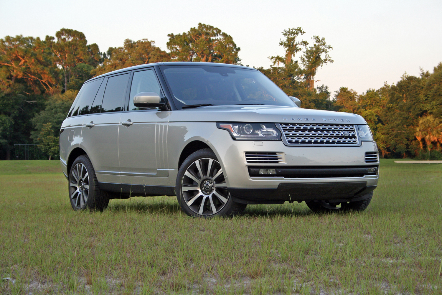 2014 range rover autobiography driven review top speed. Black Bedroom Furniture Sets. Home Design Ideas