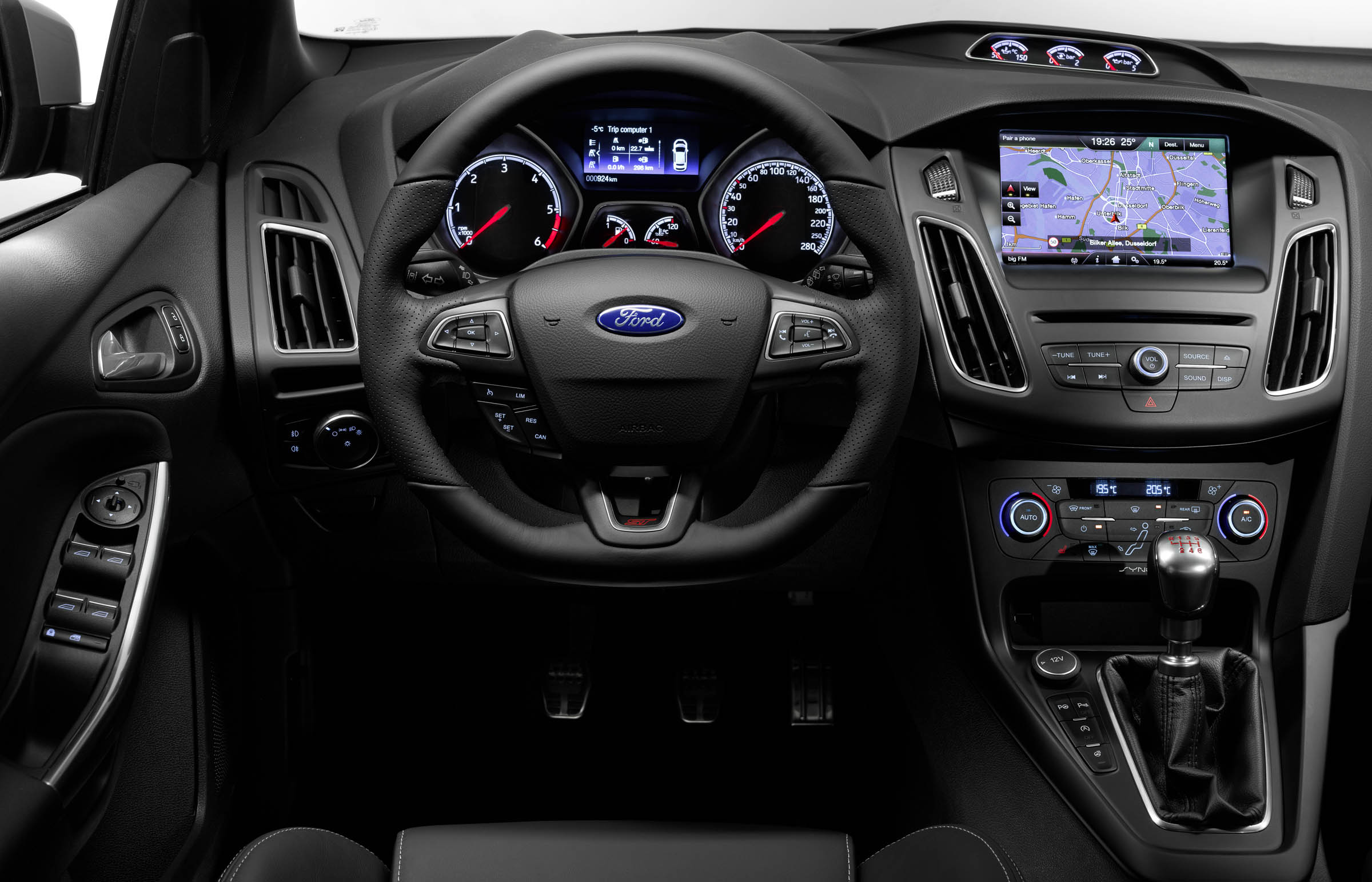 and photos car price reviews st focus specs ford driver