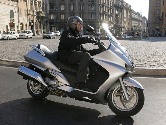 2014 Honda Silver Wing | Top Speed