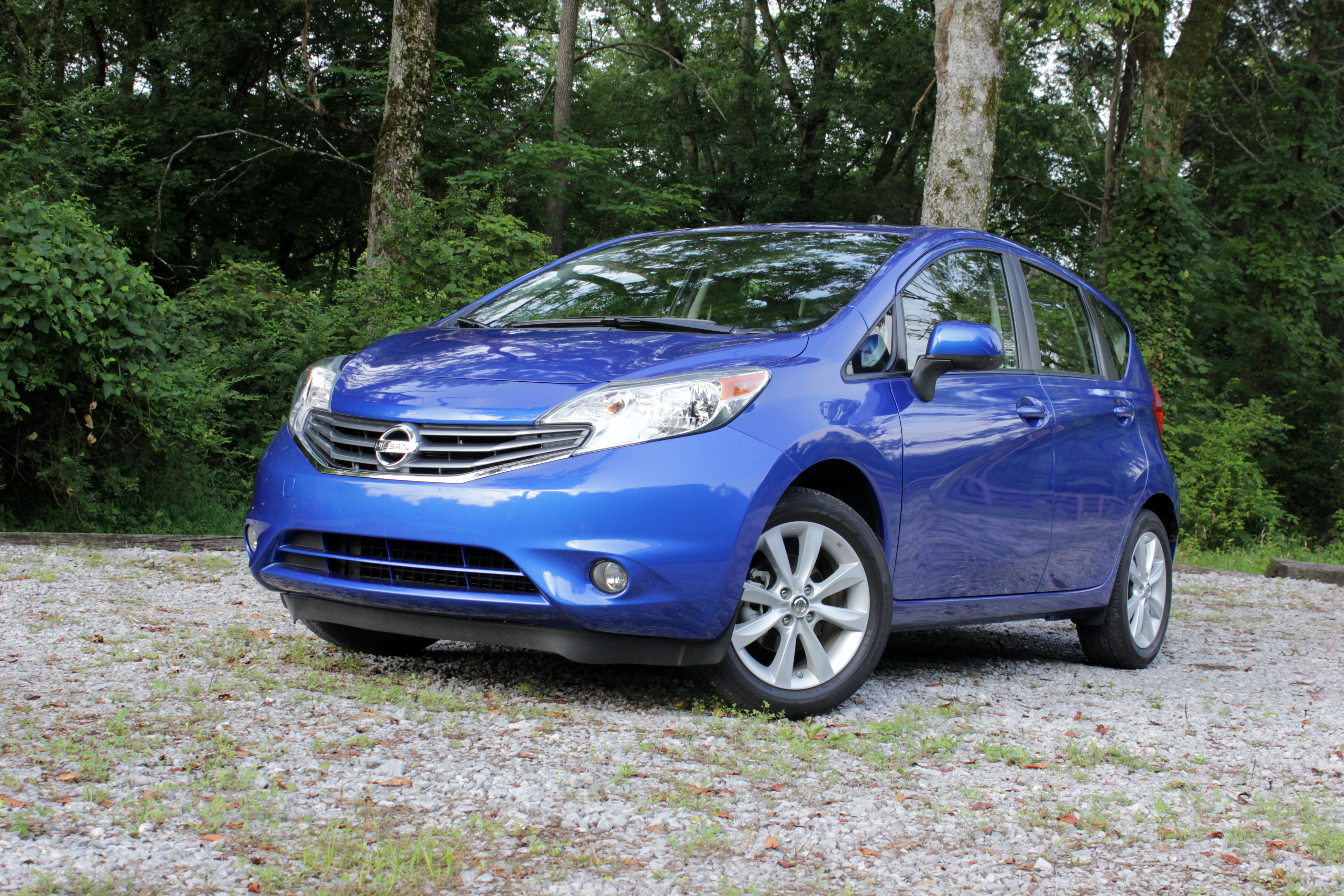 The Nissan Versa Note Is The Smallest And Cheapest Hatch You Can Get From  Nissan. It Was Built To Provide The Highest Level Of Space And Equipment  For The ...