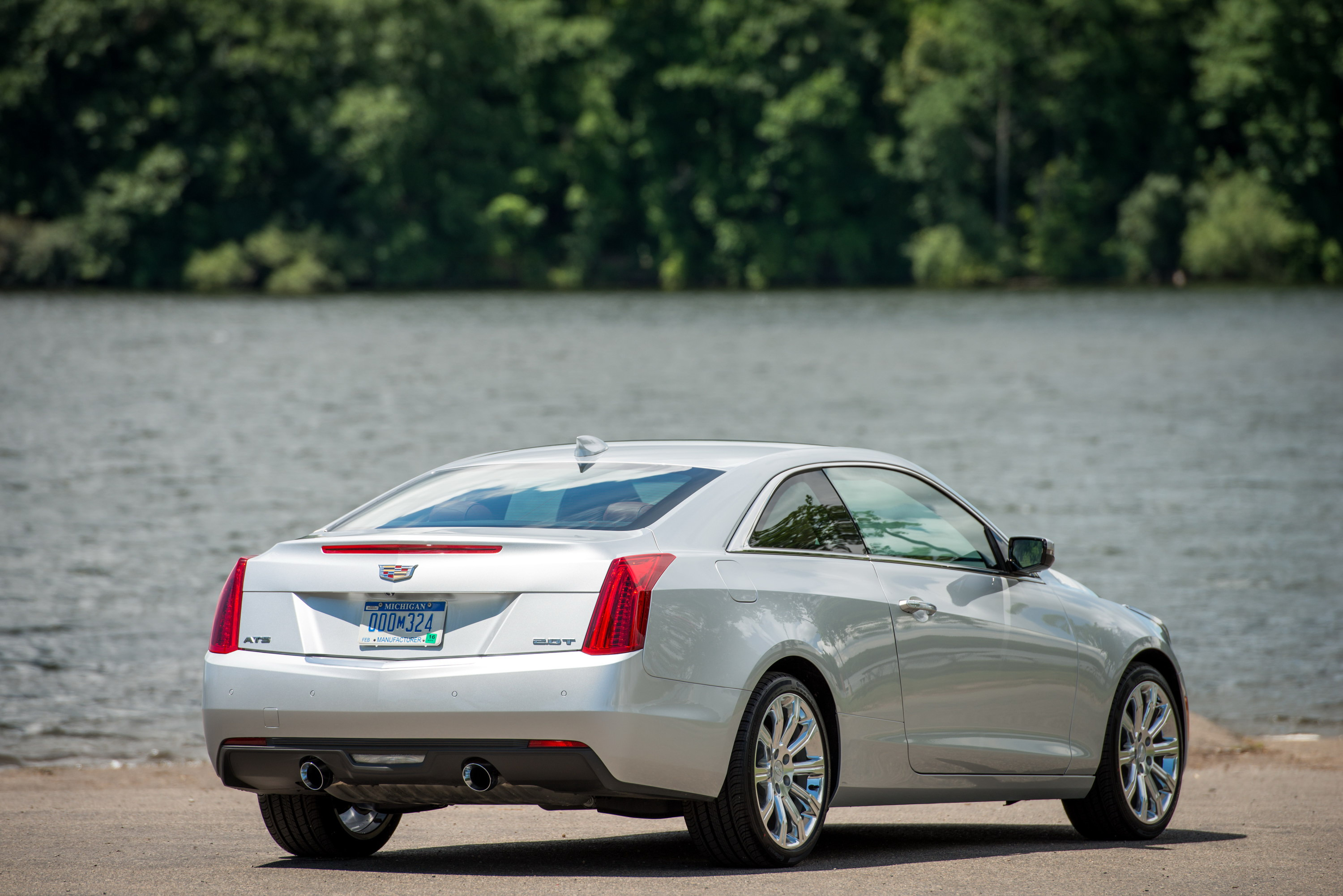 drive overview cadillac side cars coupe design reviews test and performance ats