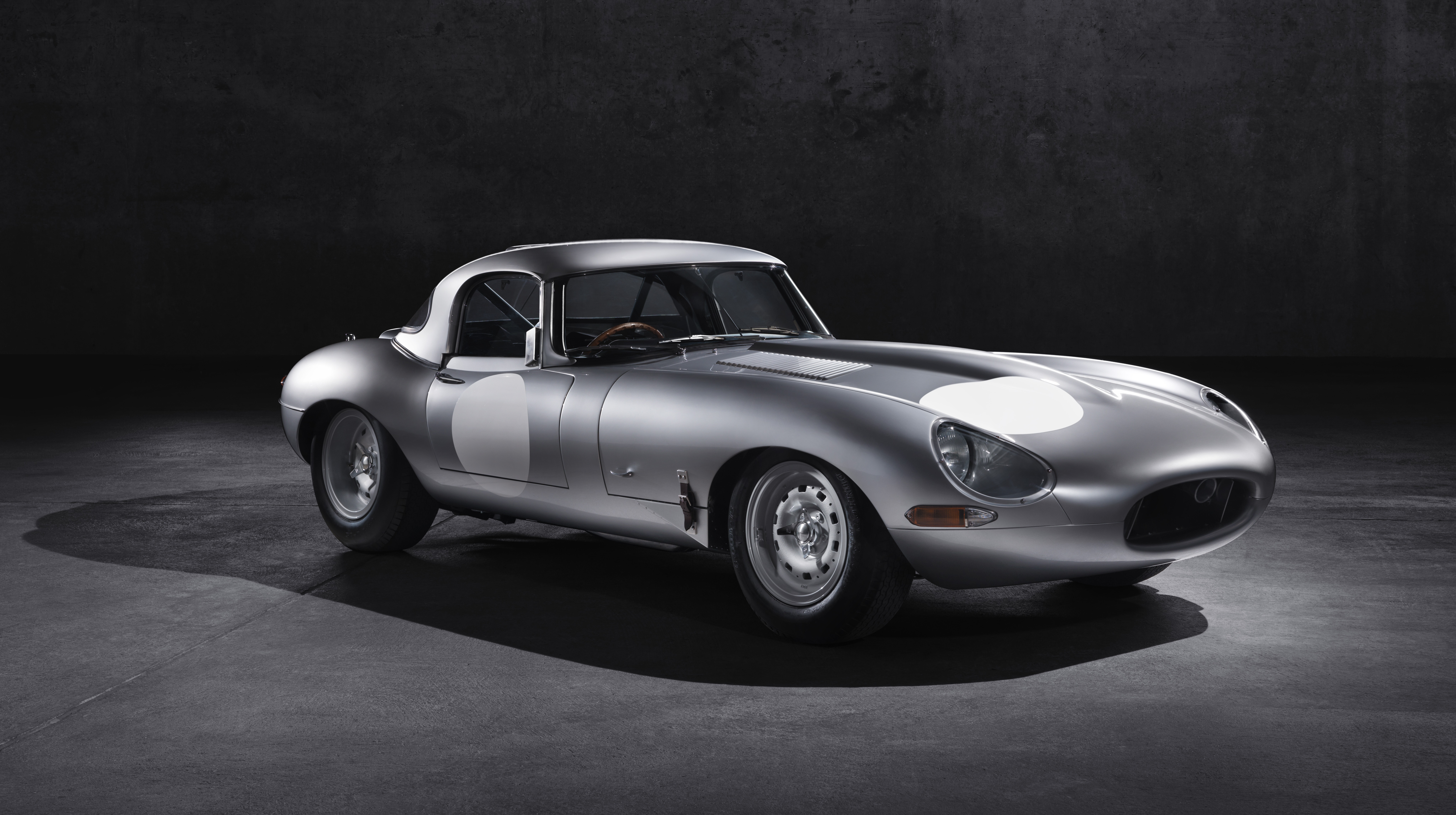 2014 jaguar lightweight e type top speed. Black Bedroom Furniture Sets. Home Design Ideas