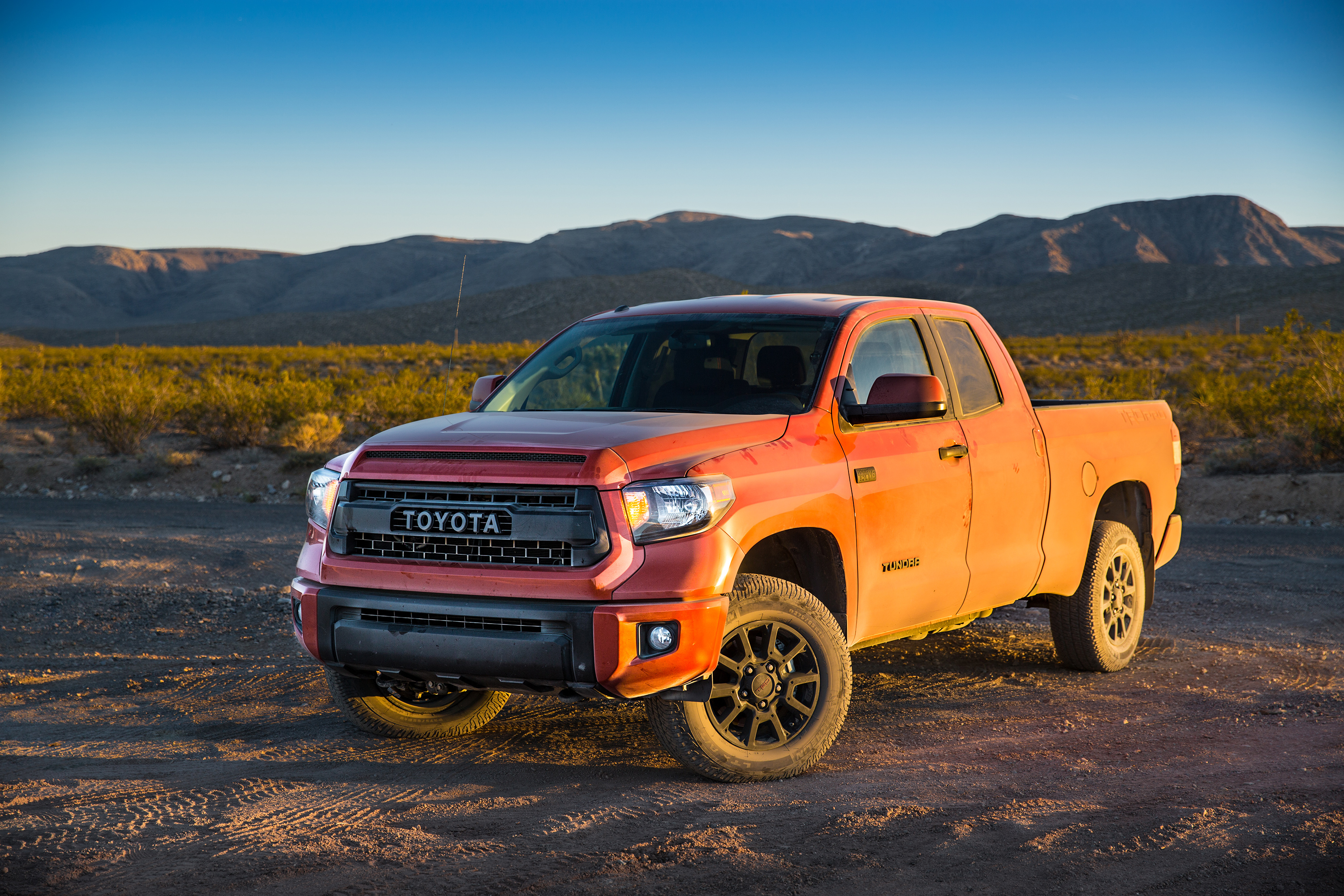 tundra pictures wallpaper specs toyota information