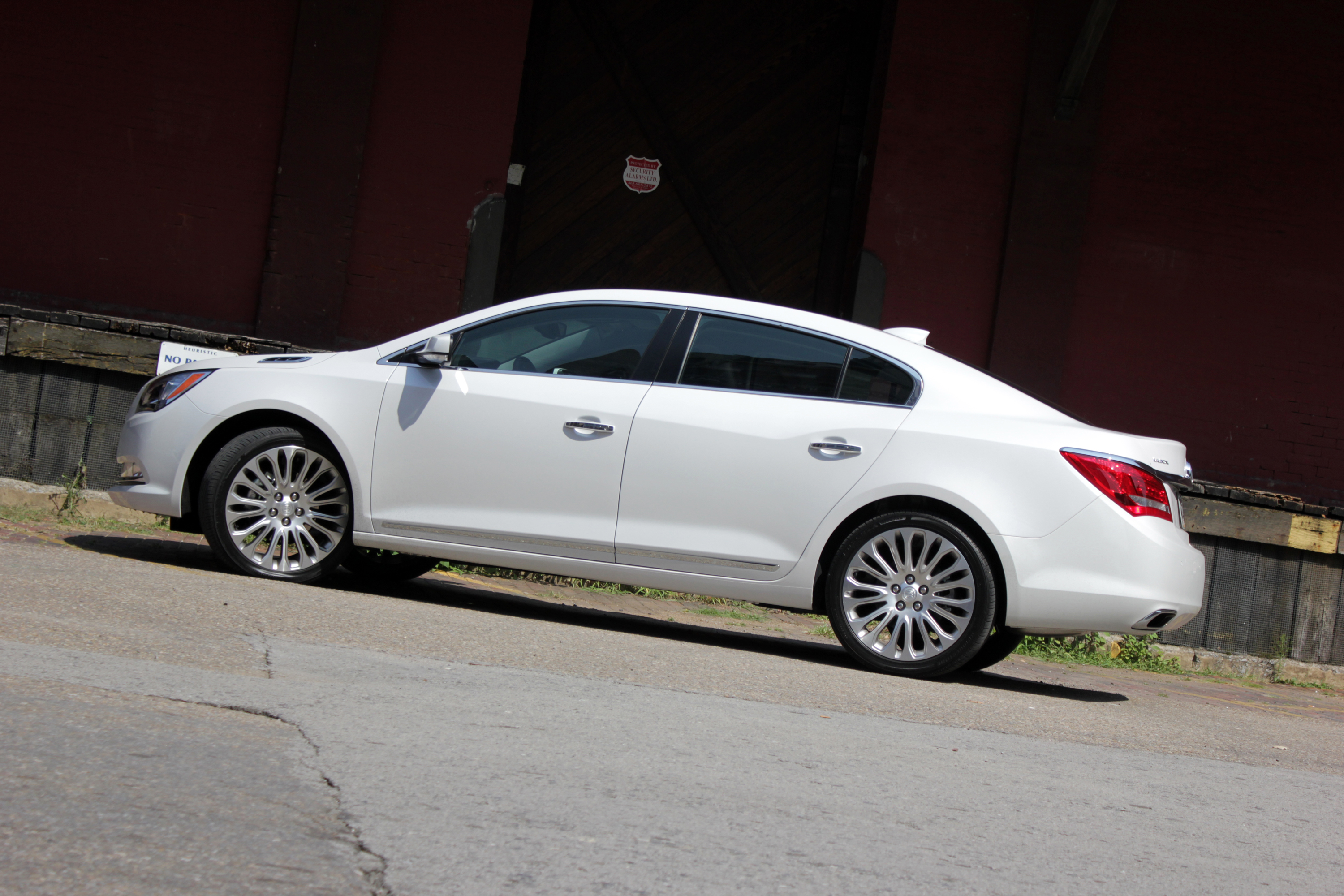front cx buick review photos lacrosse sedan reviews drive features price wheel exterior