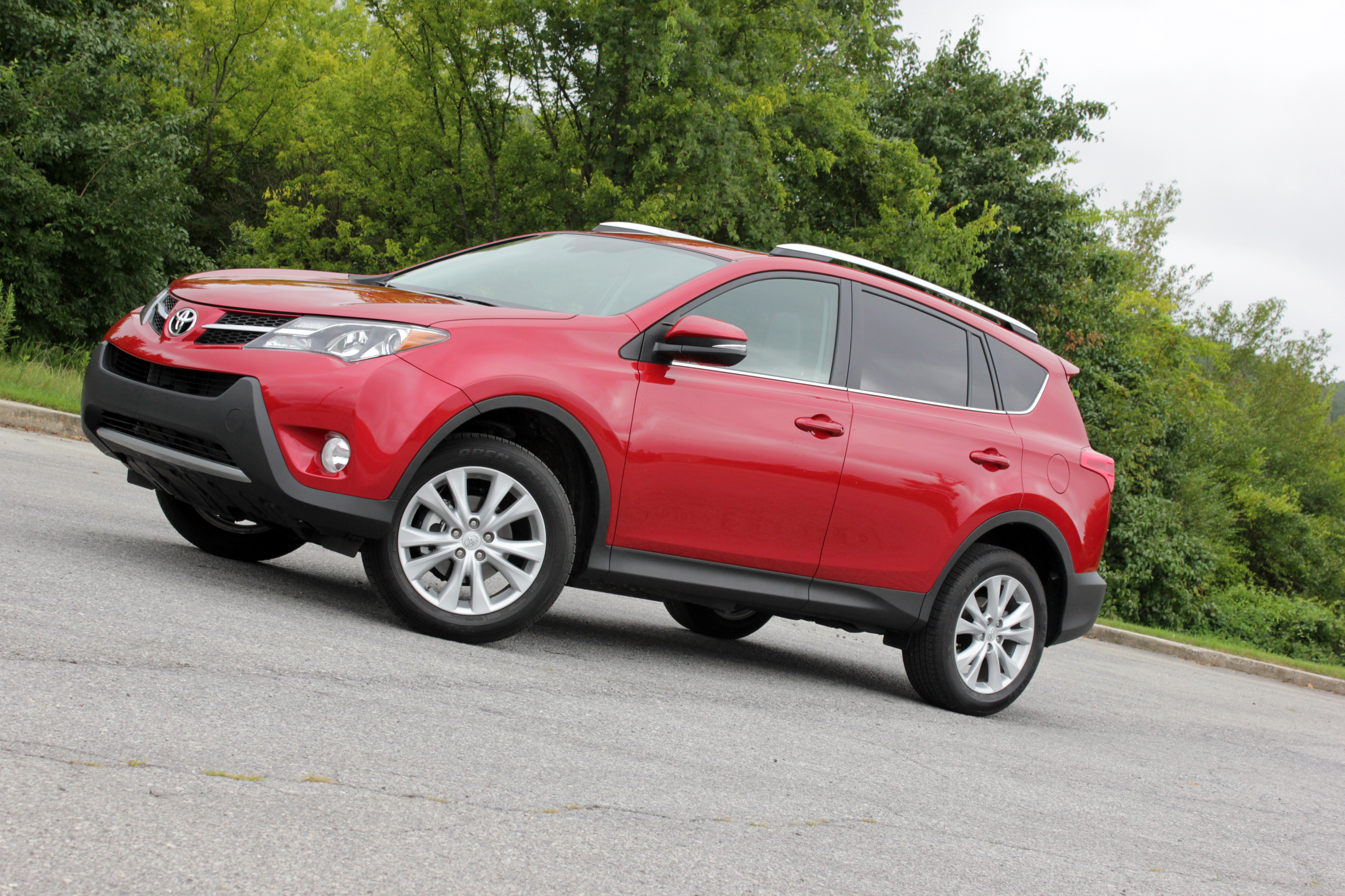 reviews road choice driving toyota limited awd test editors
