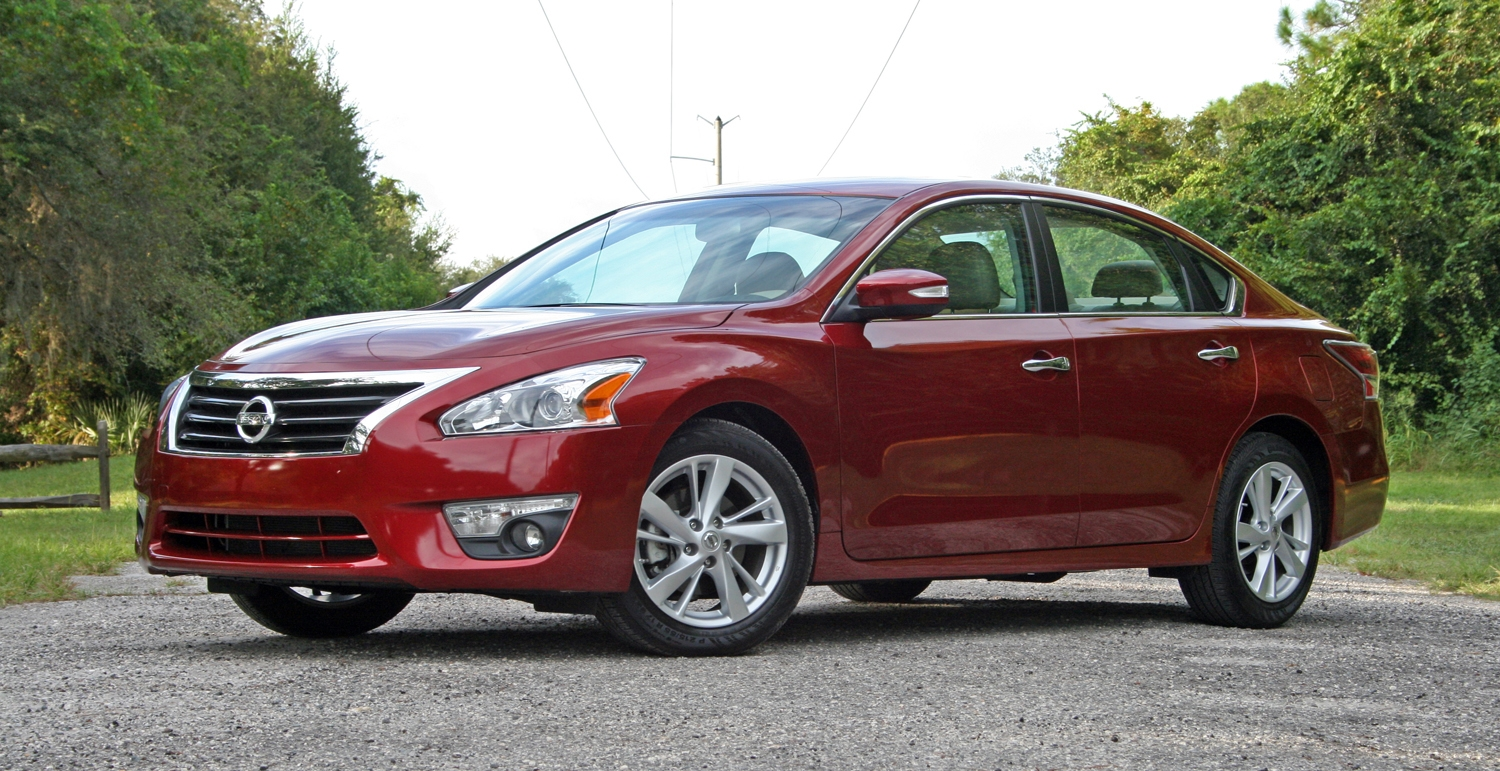 2014 nissan altima driven review top speed. Black Bedroom Furniture Sets. Home Design Ideas