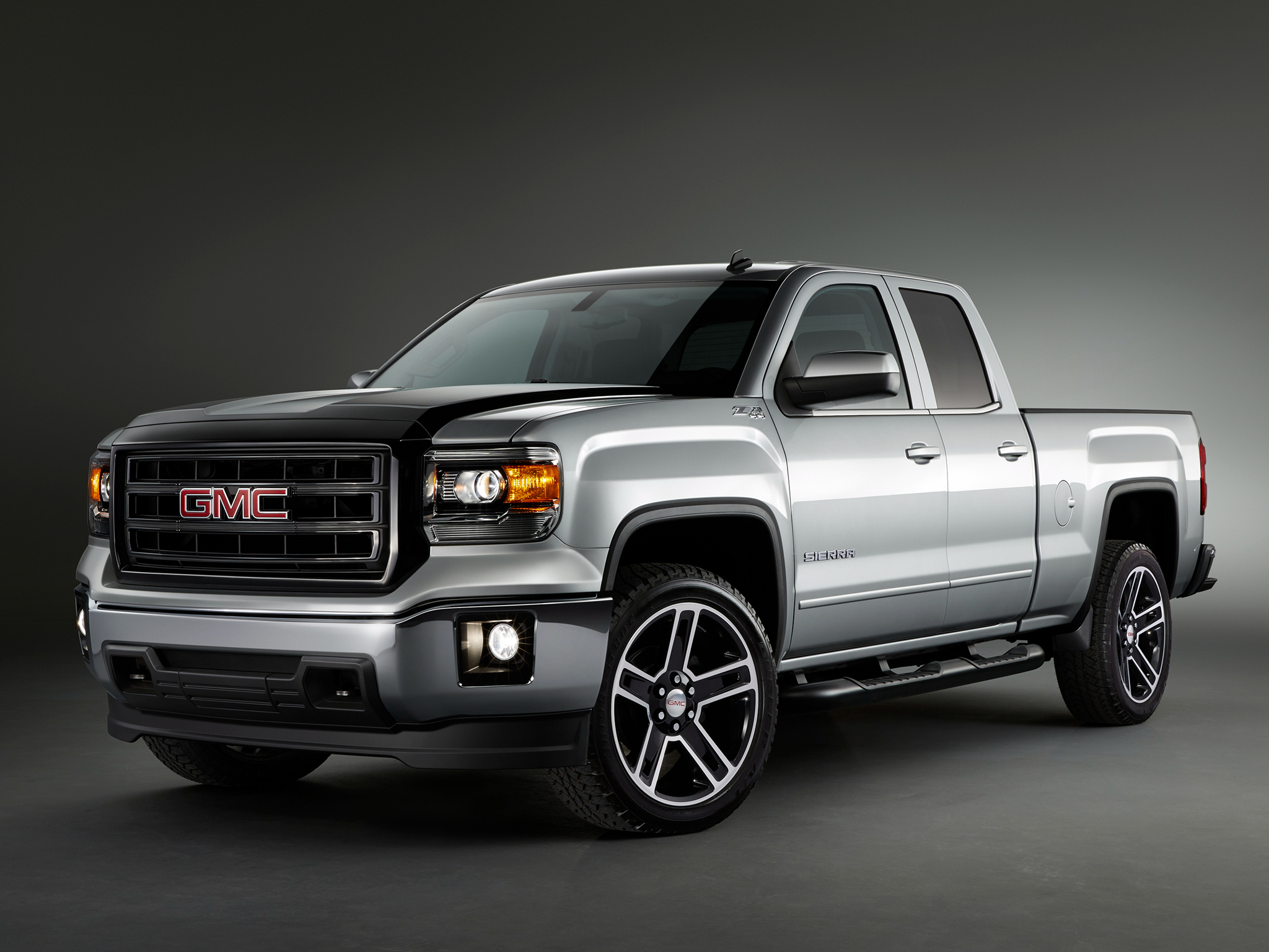 cars sierra first new photo reviews gmc feature car review for and hd s driver original drive