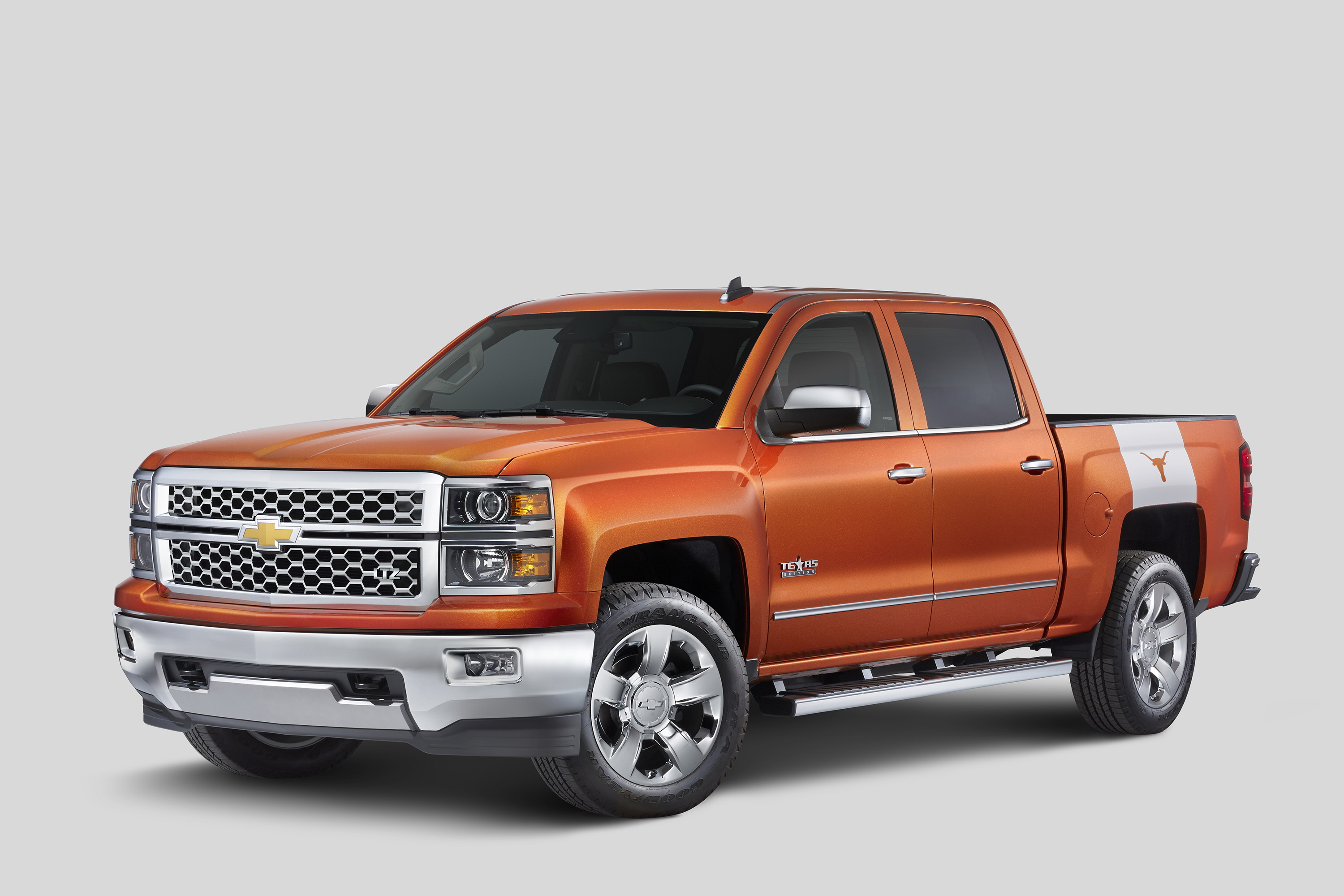 ios chief chevrolet avalanche big tire cropped wheel
