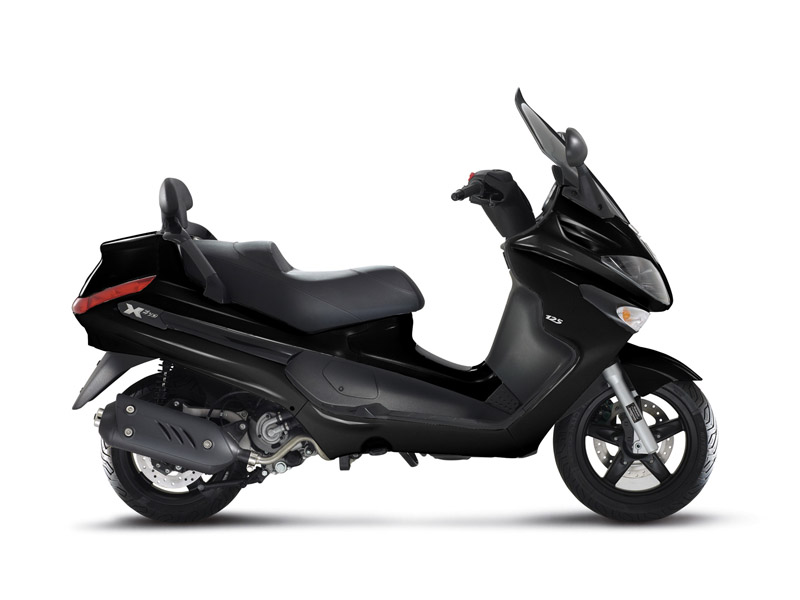 2014 piaggio x evo 125 sport review top speed. Black Bedroom Furniture Sets. Home Design Ideas