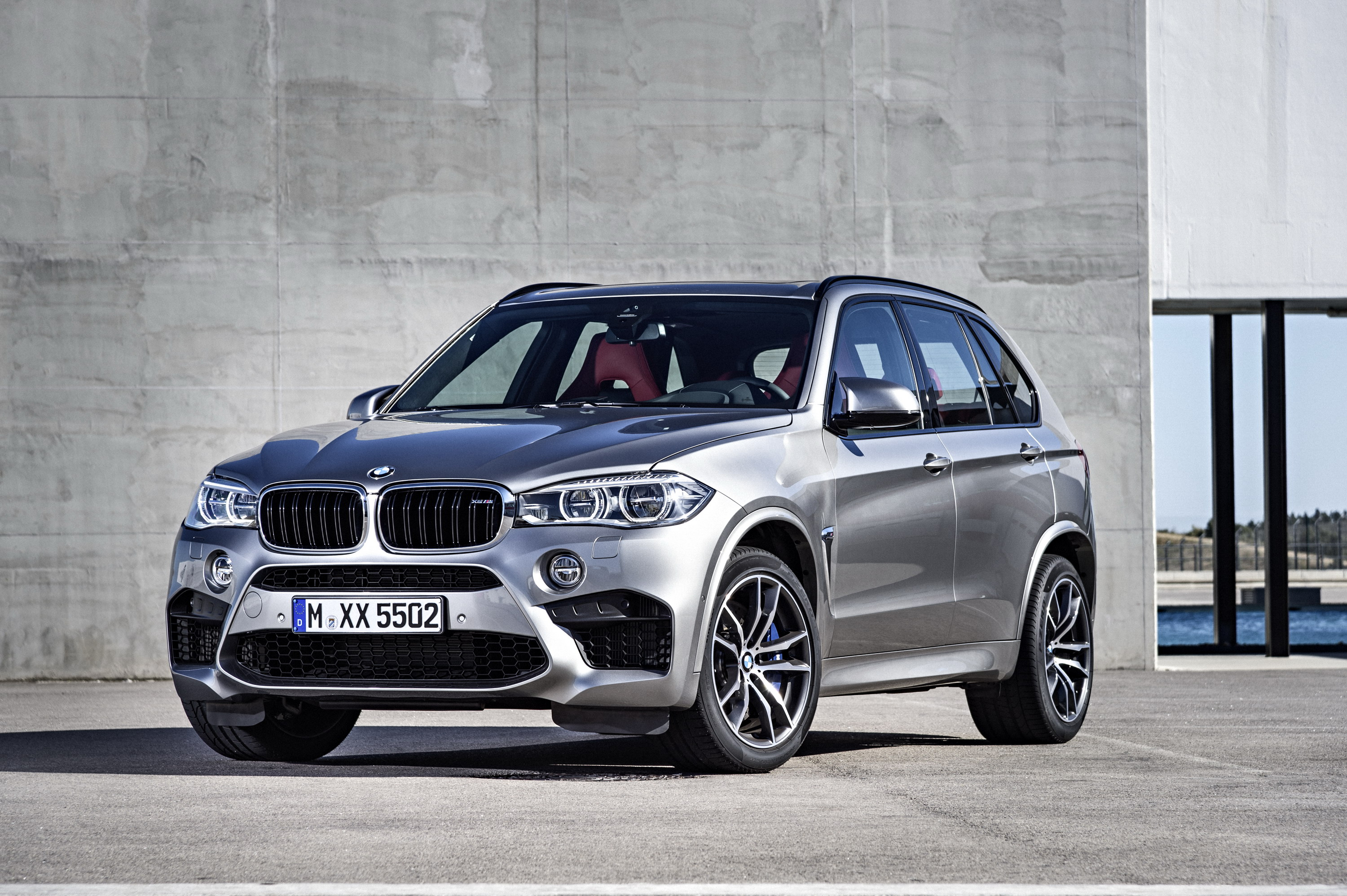 First Photos Of 2014 BMW X5 M Sport And M50d Plus Brochure