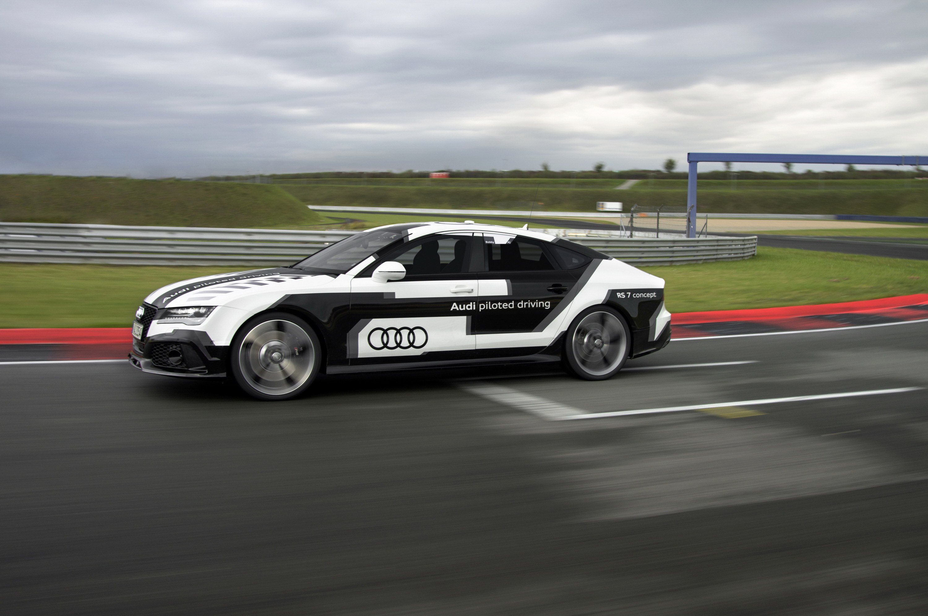 Audi Piloted Driving >> 2015 Audi Rs7 Piloted Driving Concept Top Speed