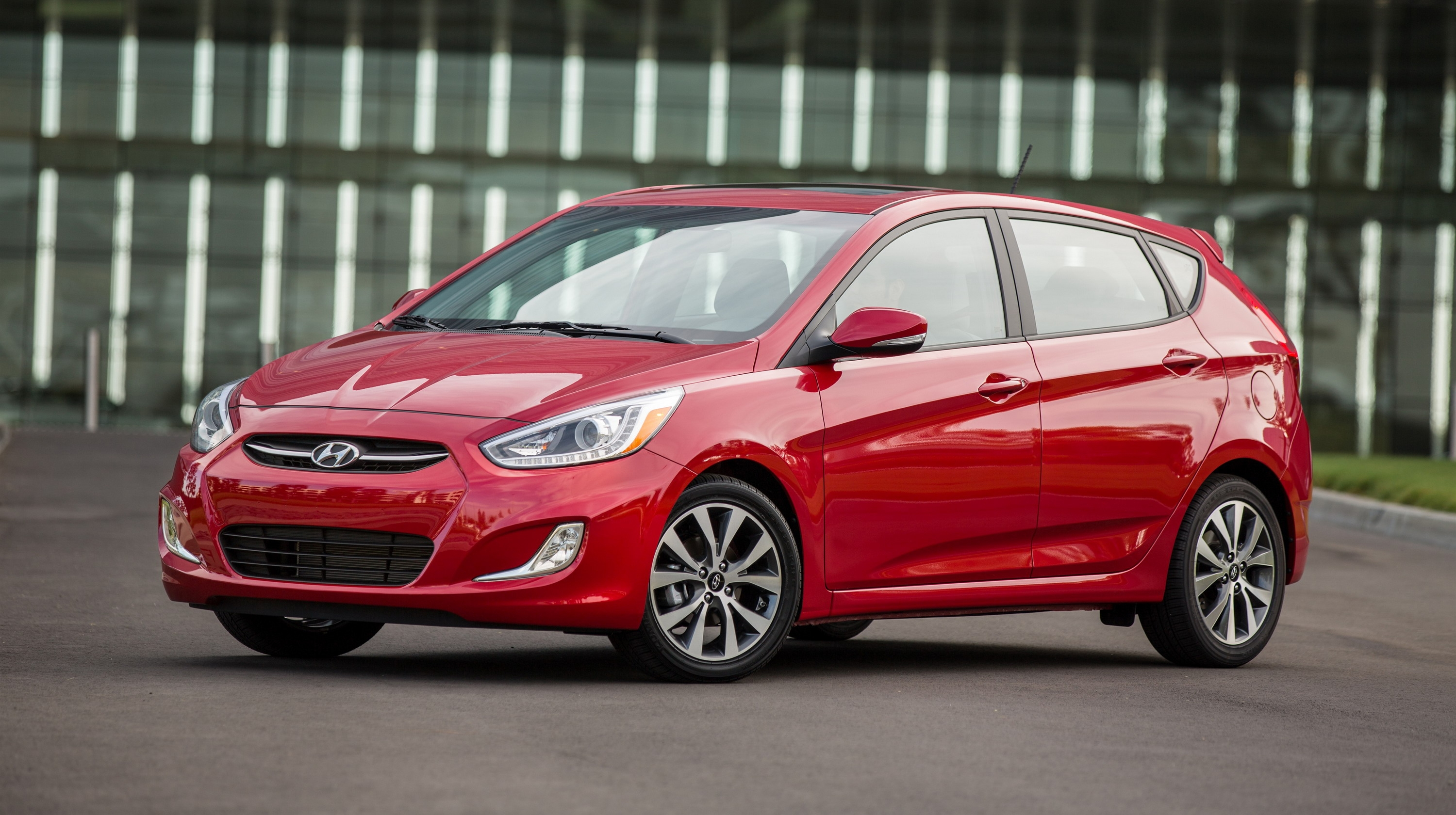2012 2015 hyundai accent review top speed. Black Bedroom Furniture Sets. Home Design Ideas