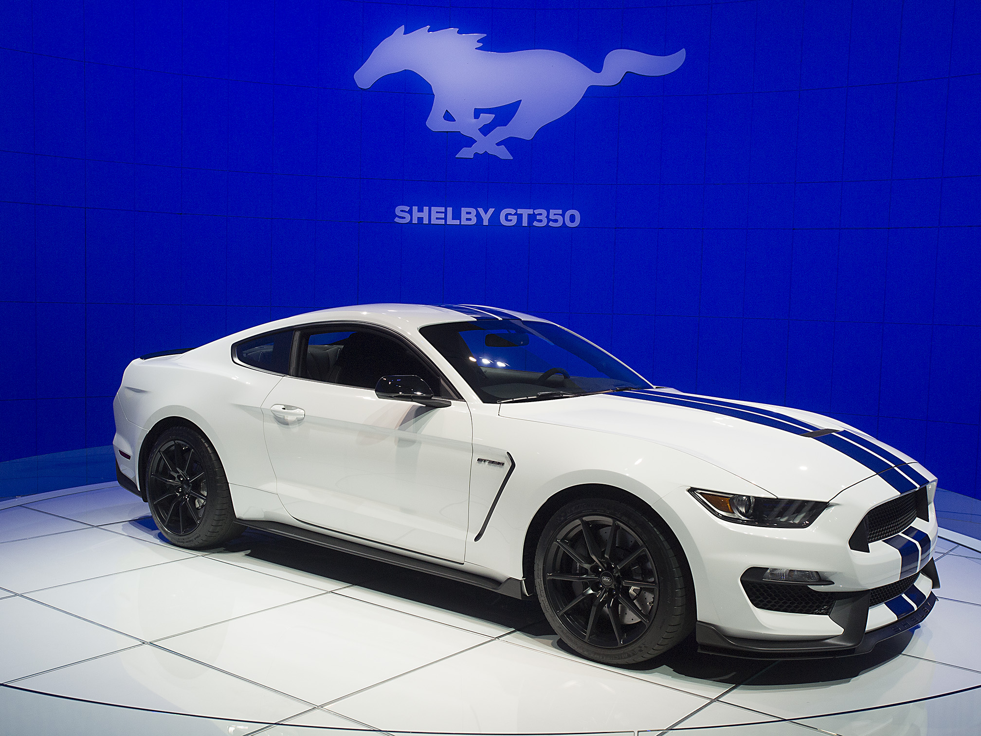 2016 2017 ford shelby gt350 mustang gallery 578828 top speed. Black Bedroom Furniture Sets. Home Design Ideas