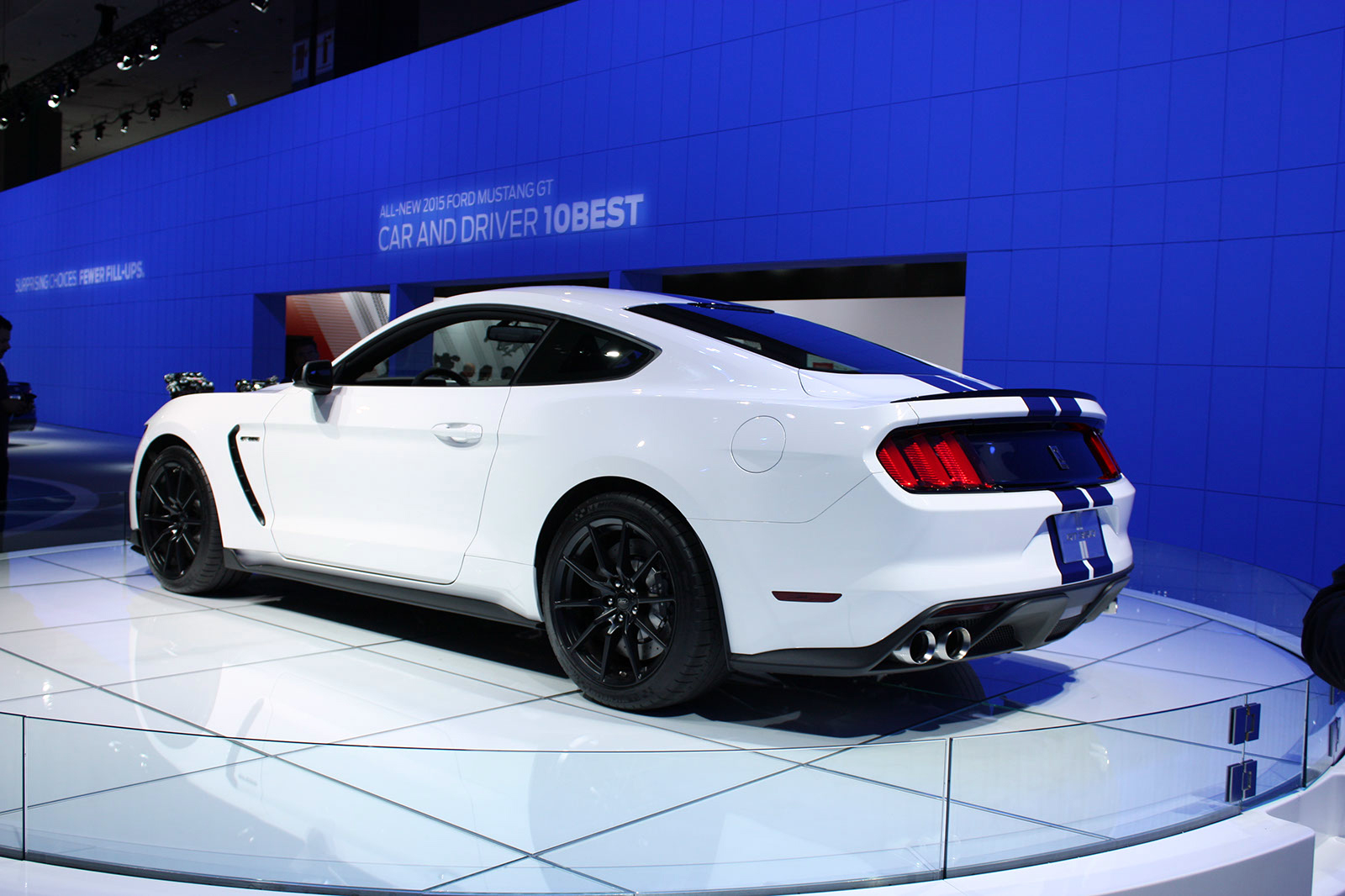 2016 2017 ford shelby gt350 mustang gallery 579155 top speed. Black Bedroom Furniture Sets. Home Design Ideas