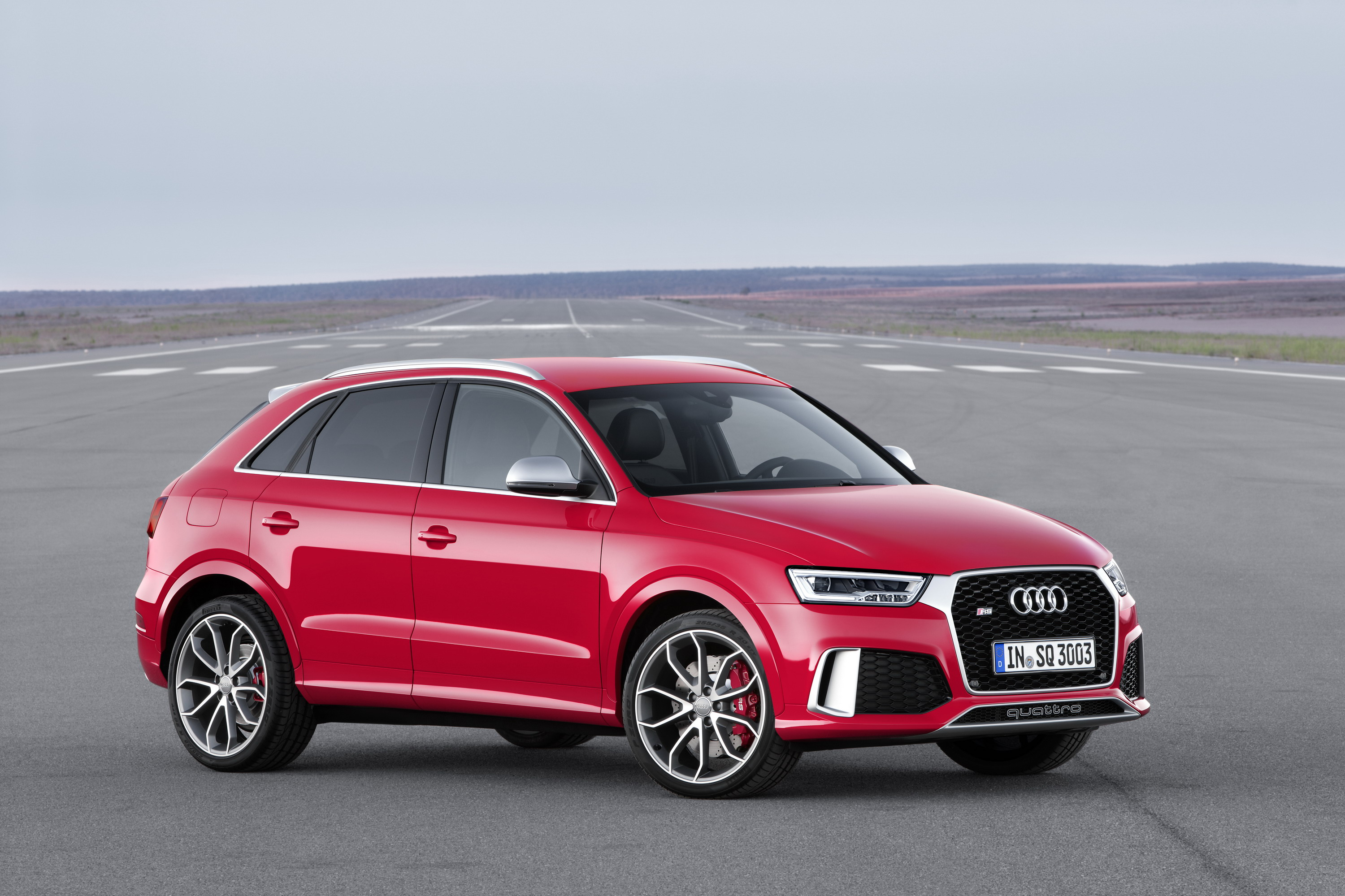 2015 audi rs q3 review top speed. Black Bedroom Furniture Sets. Home Design Ideas