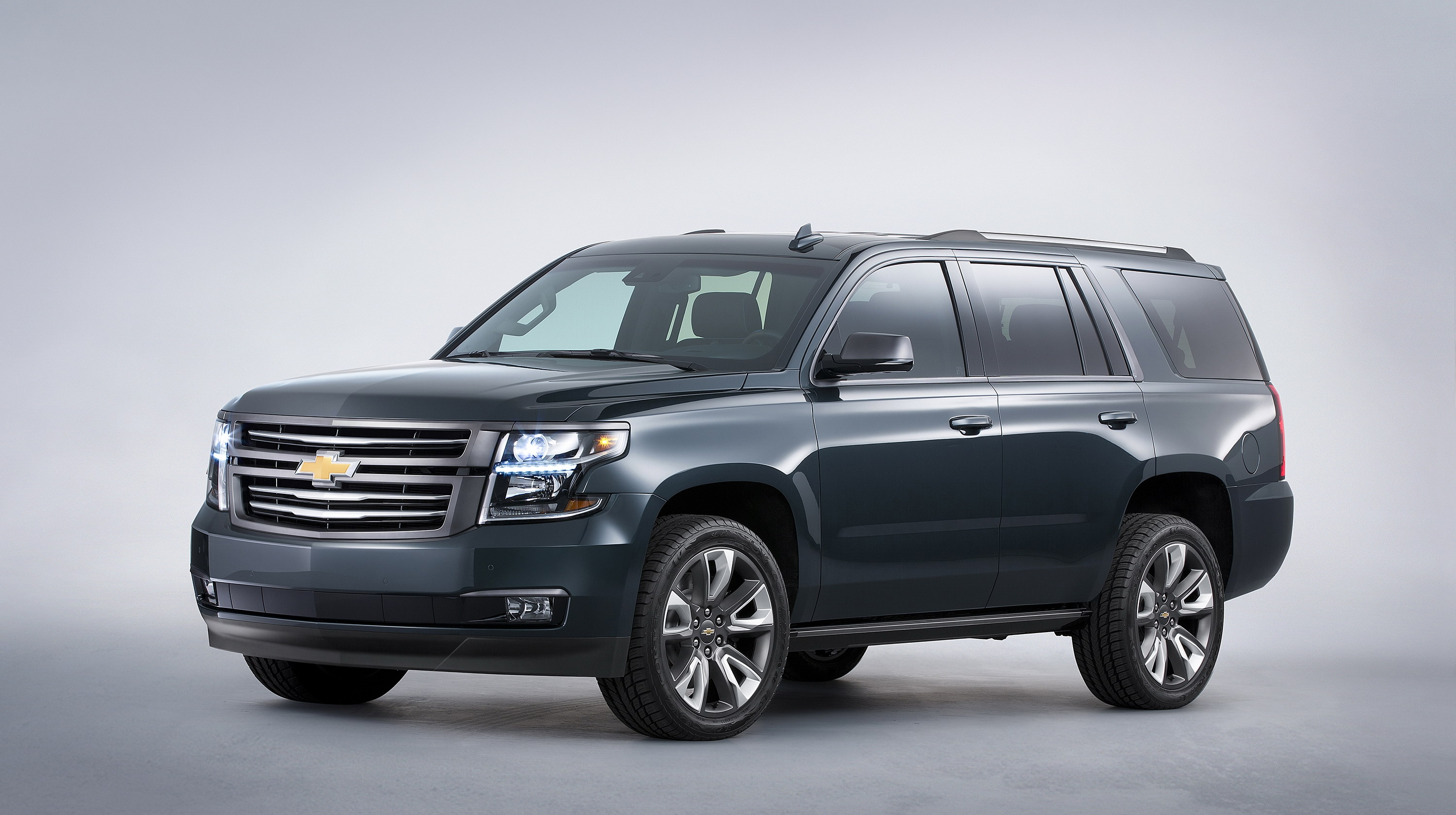 Chevrolet Tahoe Reviews Specs Prices Photos And Videos Top Speed 2002 Mini Cooper Wiring Diagram Furthermore Trailer Hitch 2015 Premium Outdoors Concept