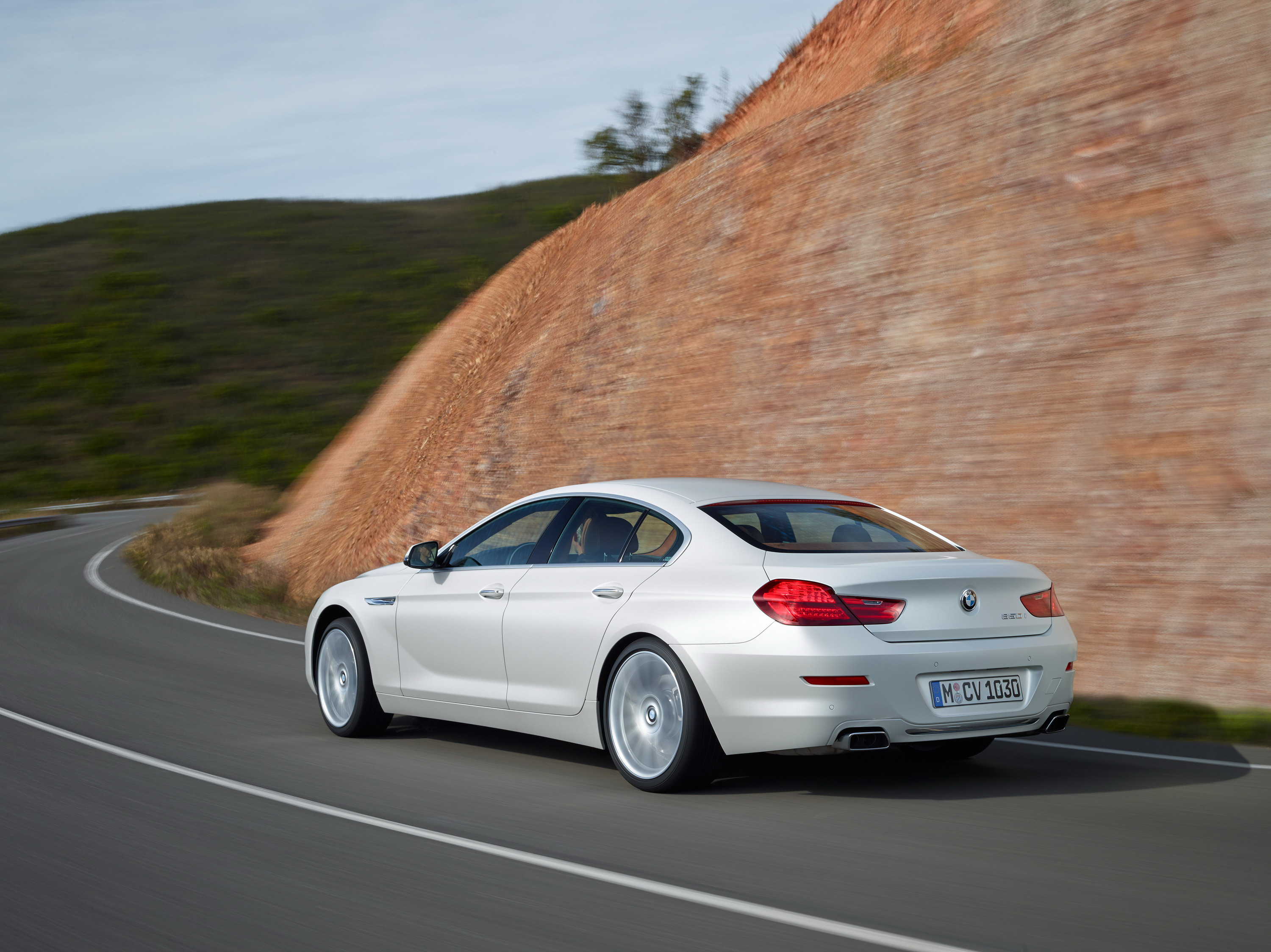 BMW Series Gran Coupe Review Top Speed - Audi s7 vs bmw 650i gran coupe
