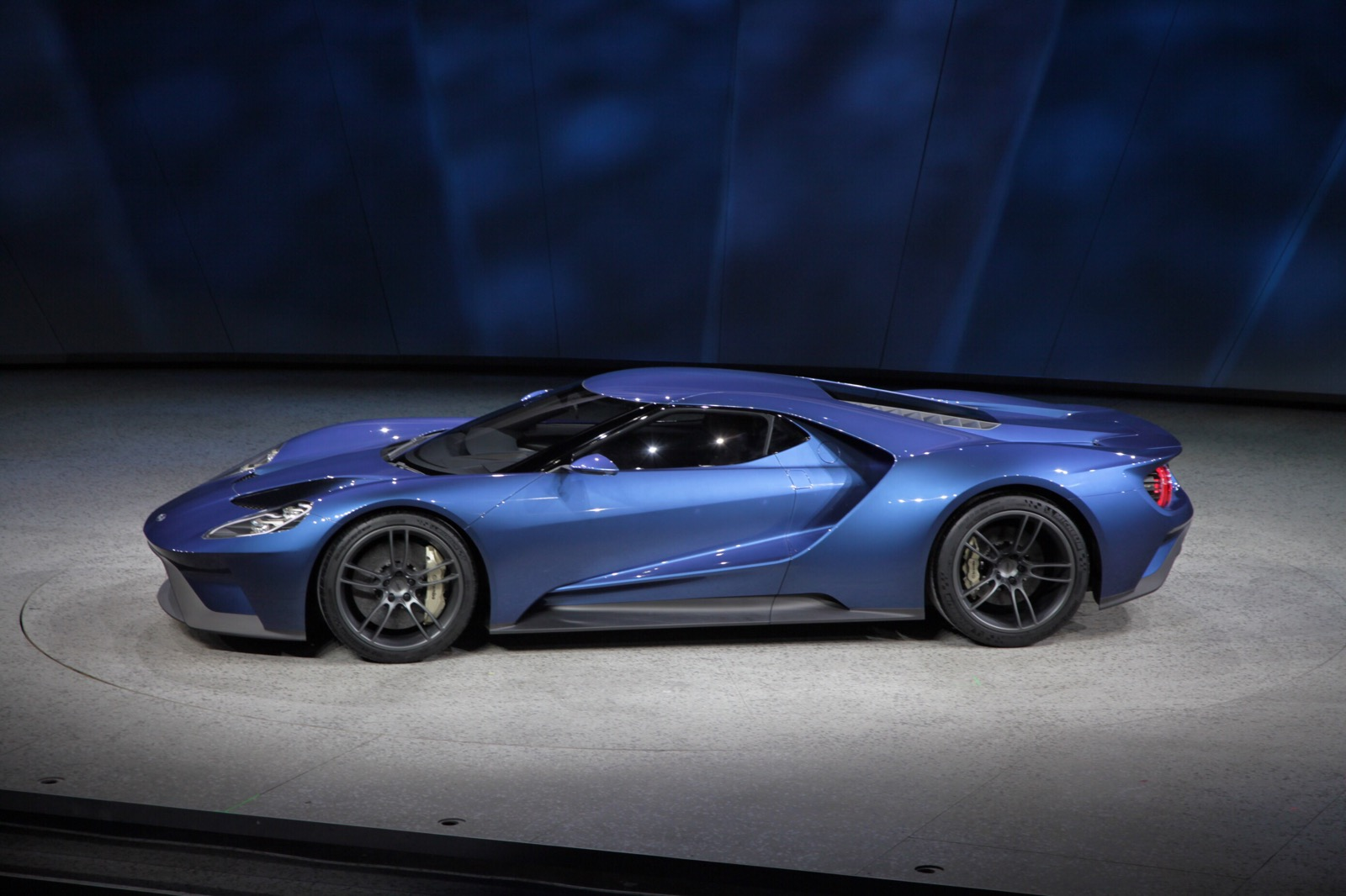 2017 ford gt top speed