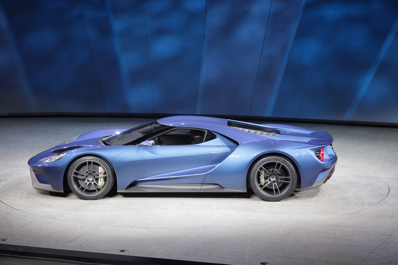 Ford GT - Naked Speed