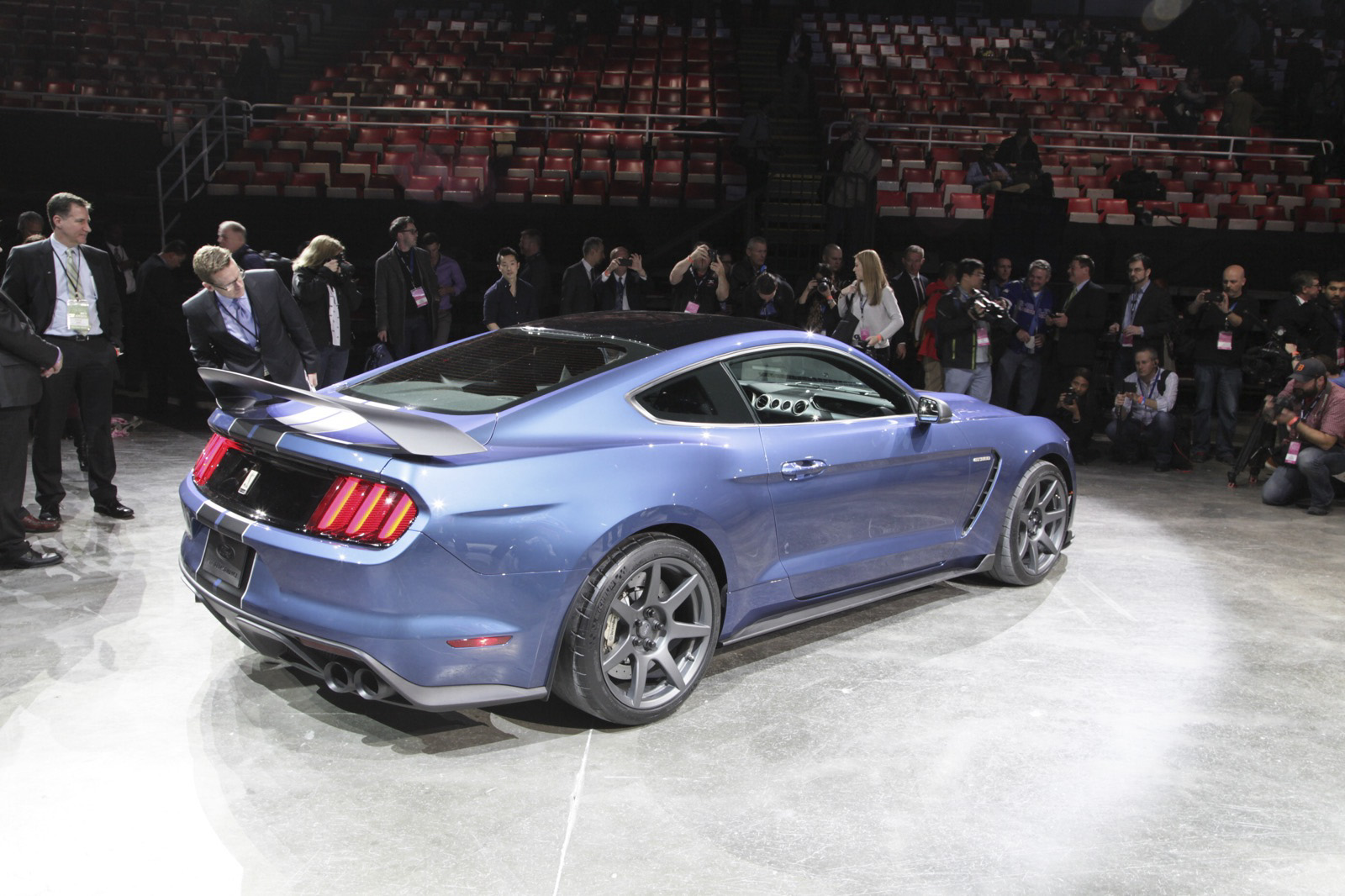2016 ford shelby gt350r mustang gallery 612599 top speed. Black Bedroom Furniture Sets. Home Design Ideas