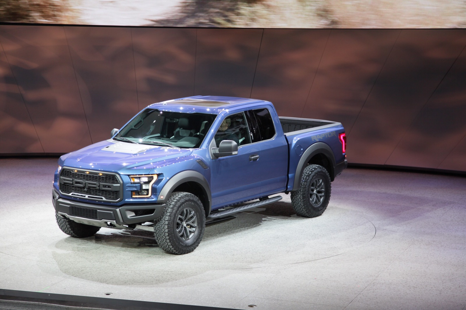 2017 Ford F-150 Raptor | Top Speed