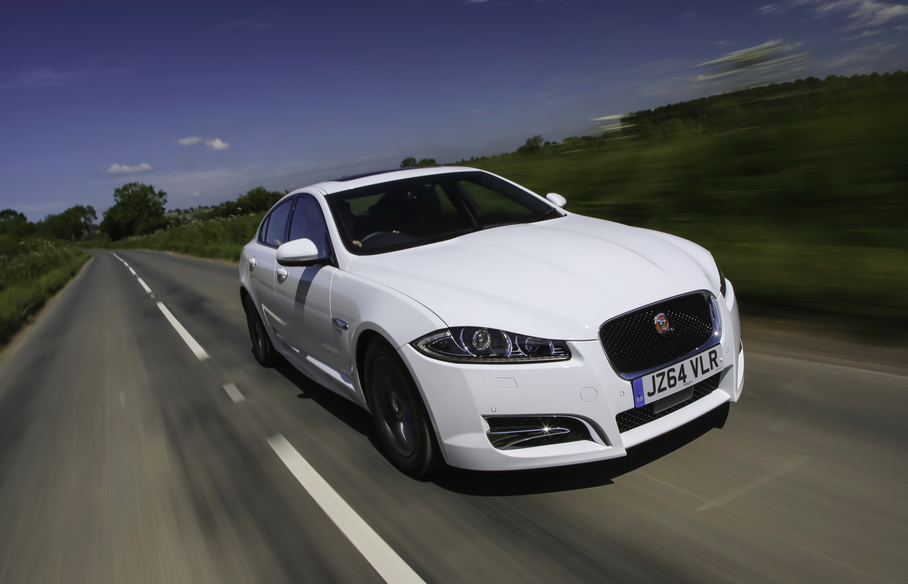 as xf latest uk dawn to s grandaurora new comes pilatos the pilato superiorvehicles jaguar hearse