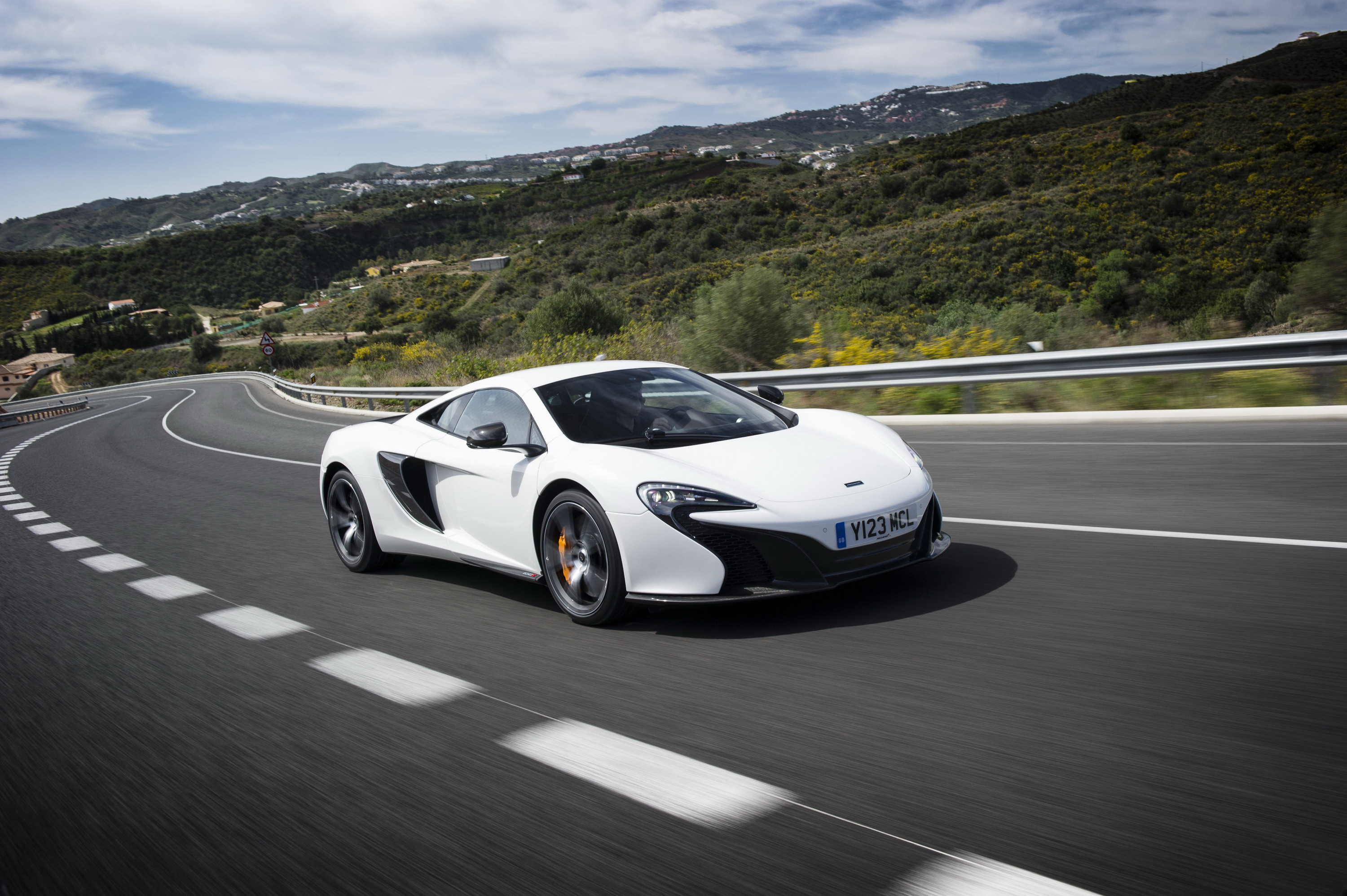 2015 mclaren 650s review top speed. Black Bedroom Furniture Sets. Home Design Ideas