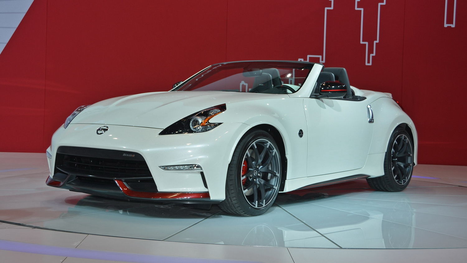 2015 nissan 370z nismo roadster concept review top speed. Black Bedroom Furniture Sets. Home Design Ideas