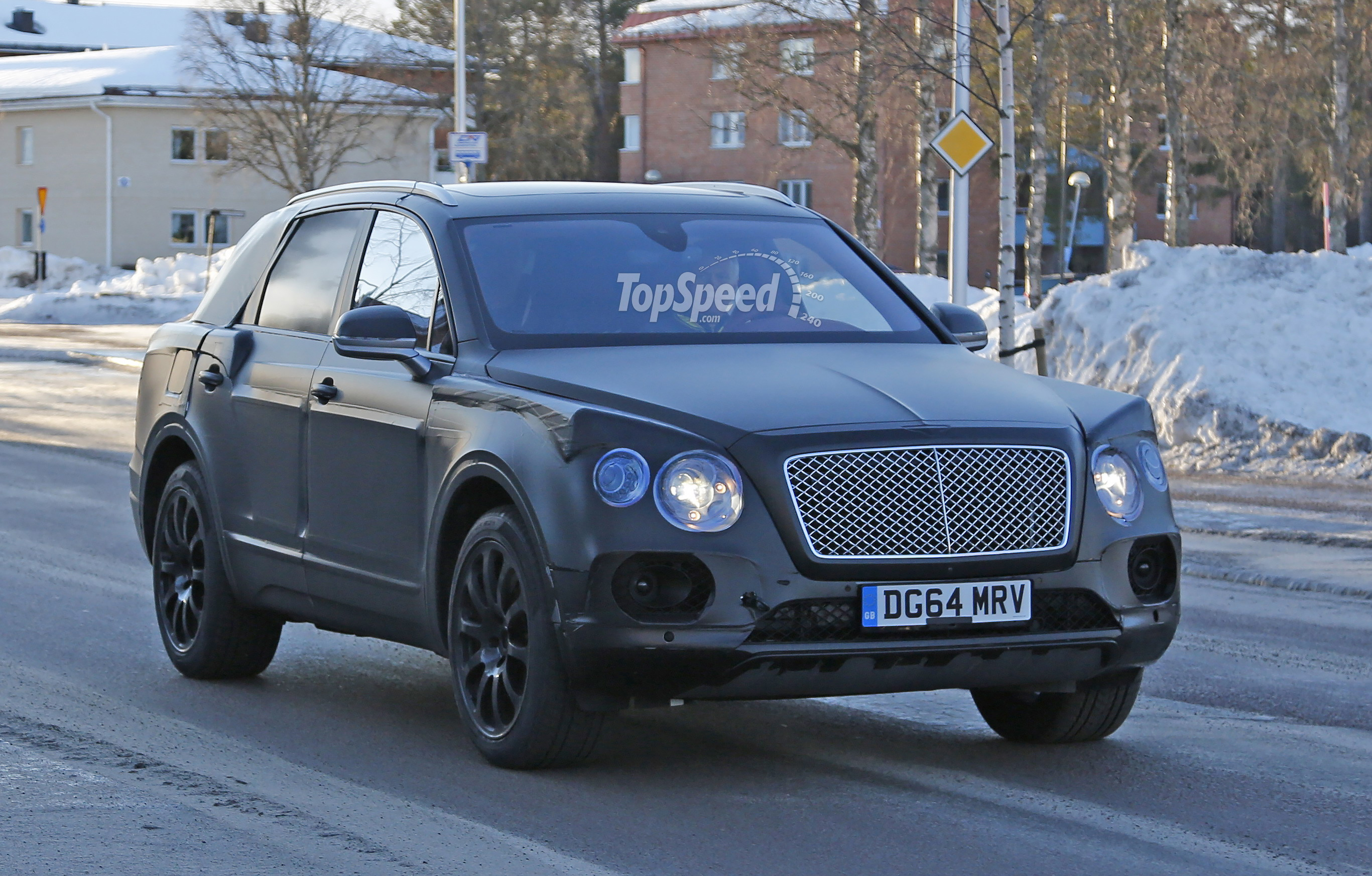 suv of concept offers auto f production price exp new glimpse teaser news first bentley