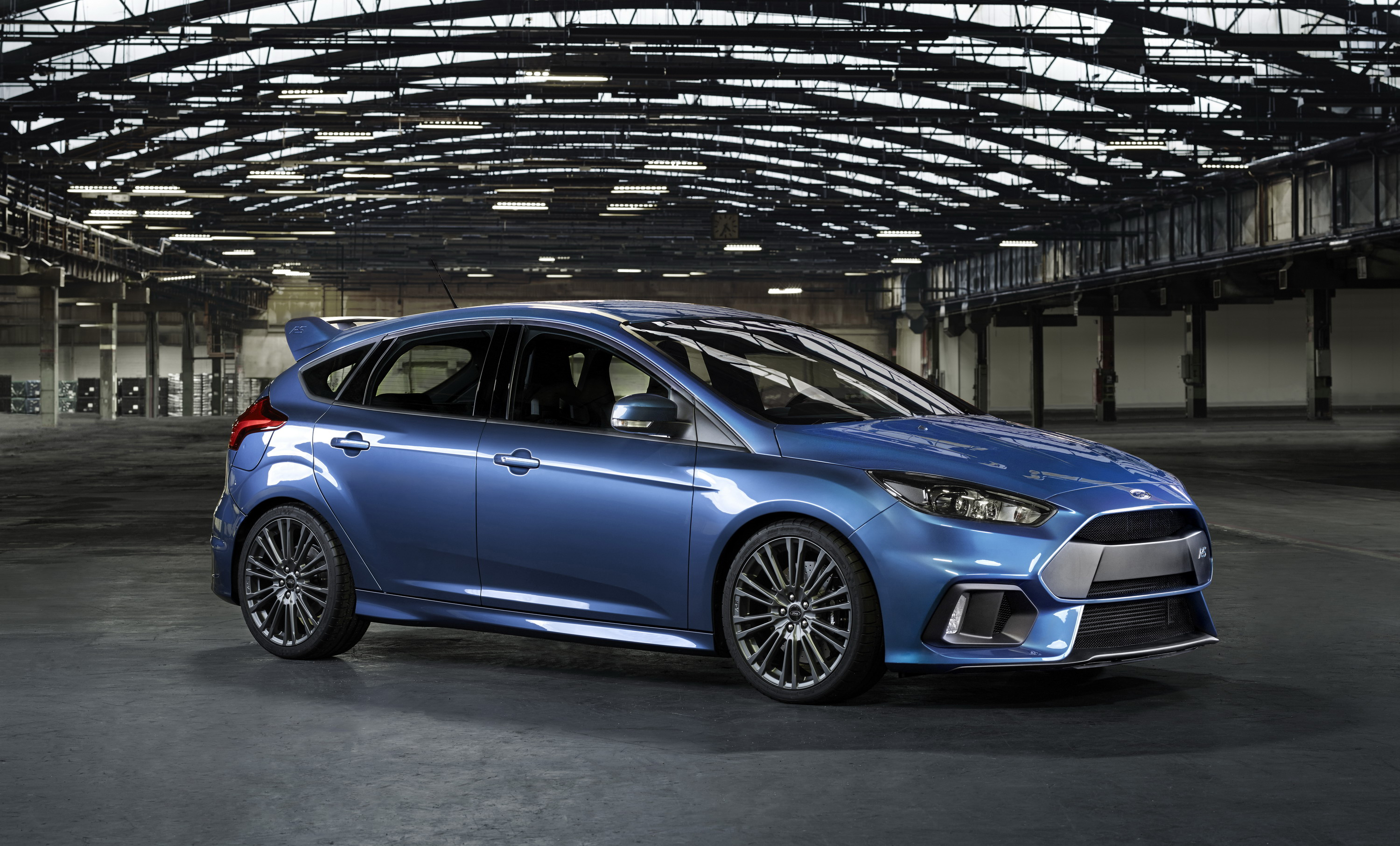 2016 Ford Focus RS   Top Speed. »