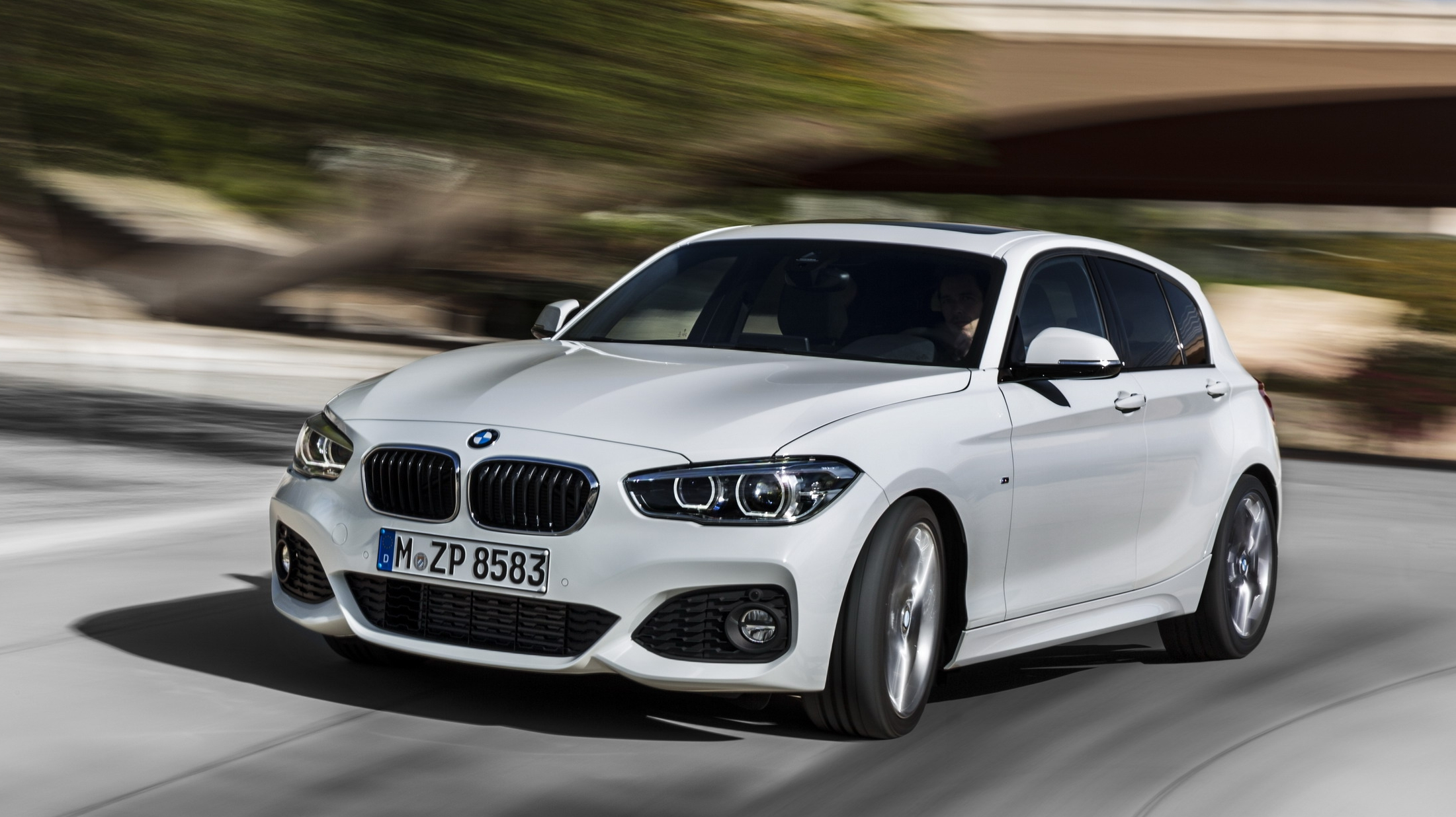 2018 BMW 1 Series Sport Cross | Top Speed. »