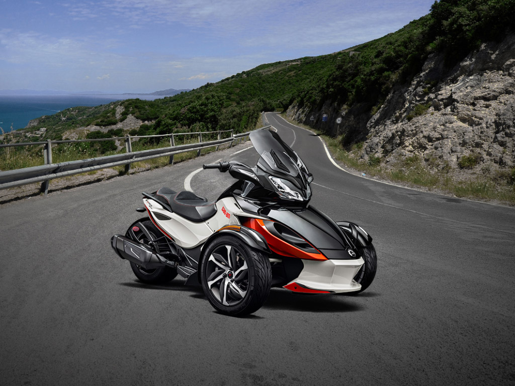 2015 2016 Can Am Spyder St S Review Top Speed