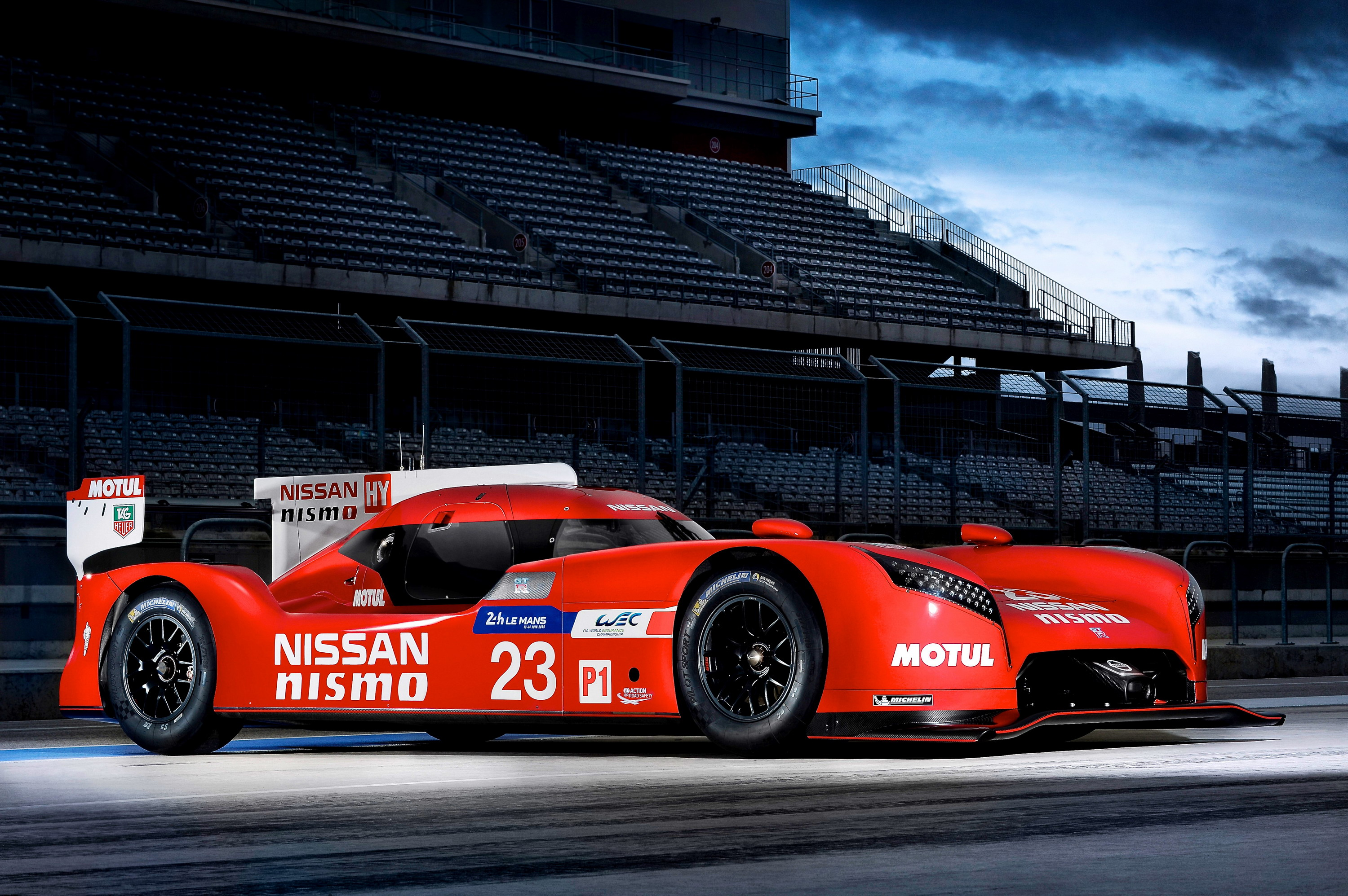 2015 nissan gt r lm nismo review top speed. Black Bedroom Furniture Sets. Home Design Ideas