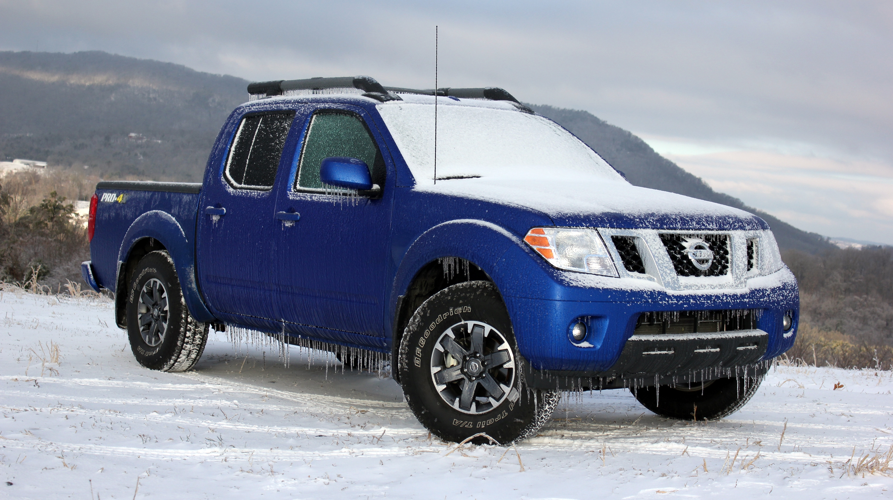 2015 Nissan Frontier Pro4X - Driven Pictures, Photos ...