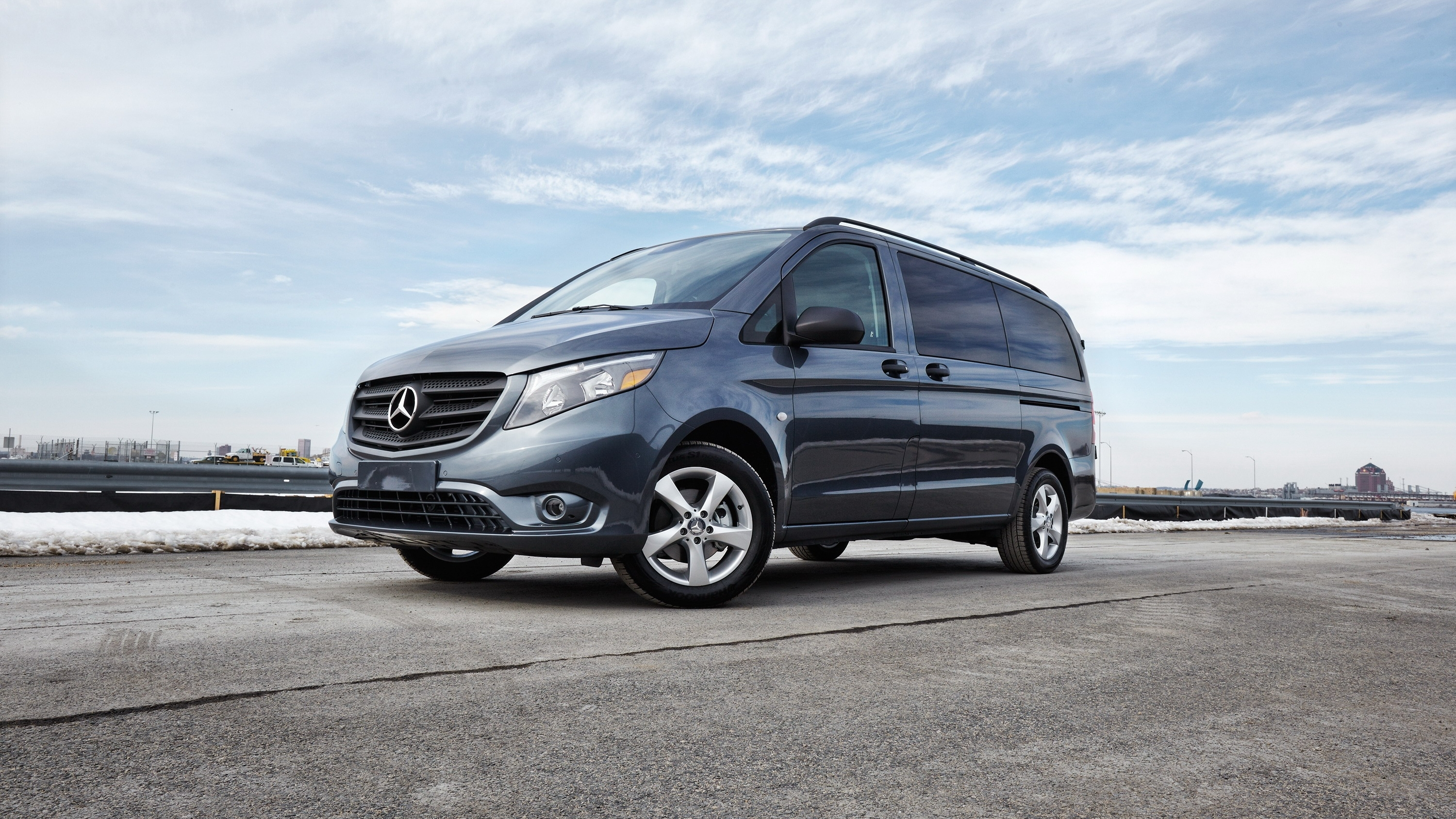2016 mercedes benz metris pictures photos wallpapers top speed. Black Bedroom Furniture Sets. Home Design Ideas