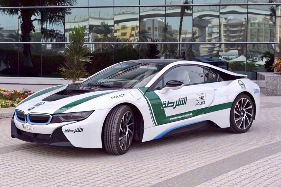 BMW I Joins Dubai Police Fleet News Top Speed - Sports cars vs police
