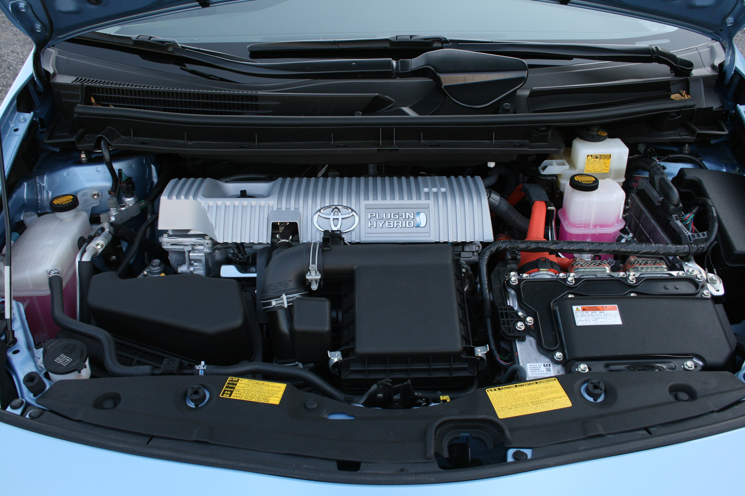 2014 toyota prius plug in driven review top speed. Black Bedroom Furniture Sets. Home Design Ideas