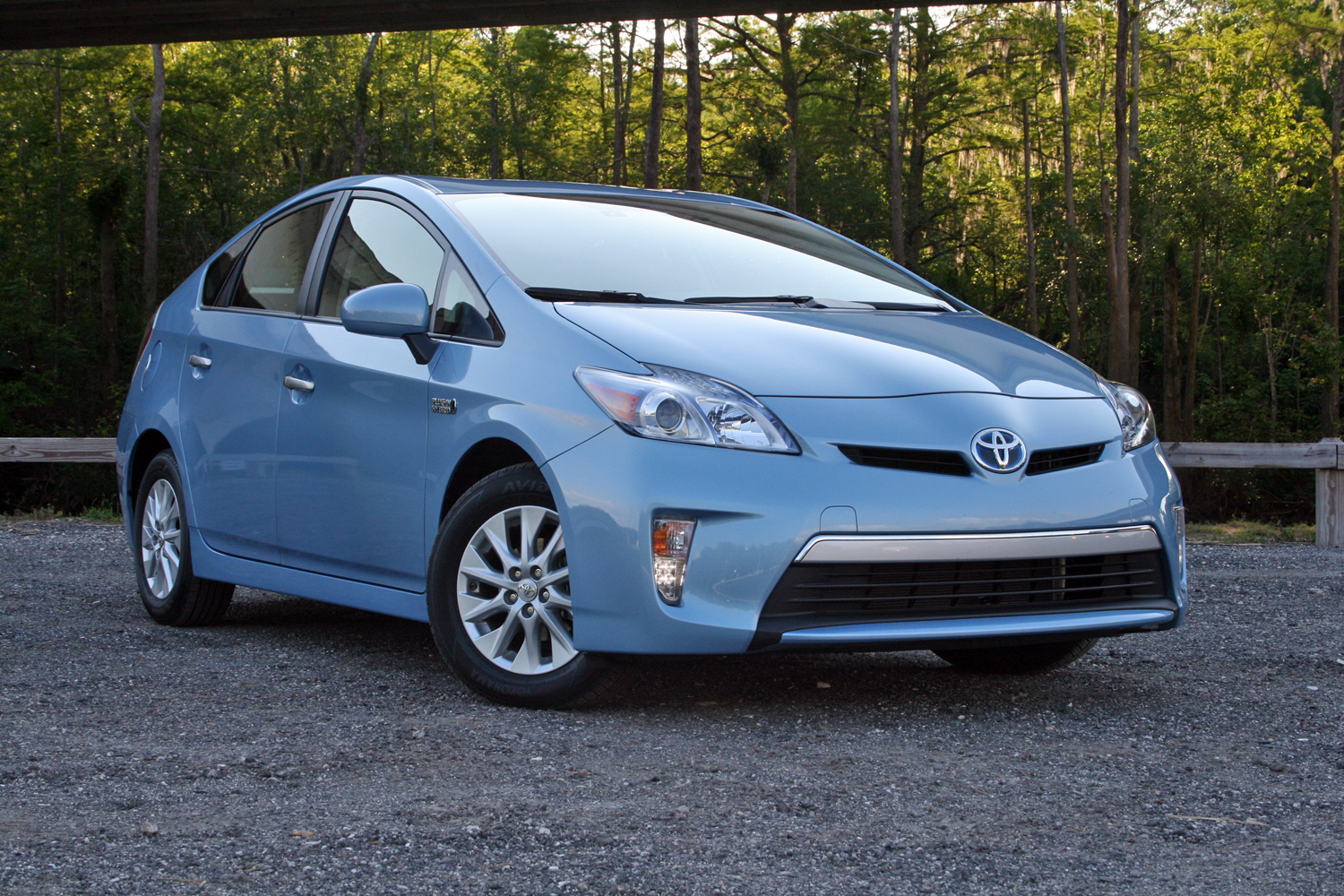 2014 toyota prius plug in driven gallery 626570 top speed. Black Bedroom Furniture Sets. Home Design Ideas