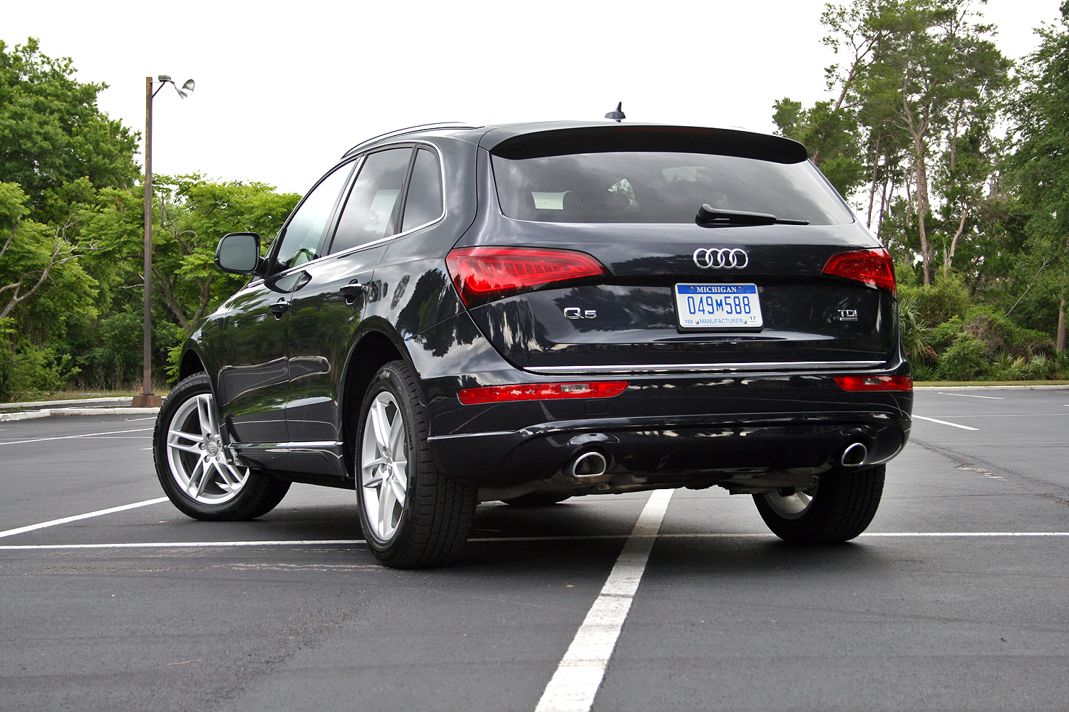 2015 audi q5 tdi driven review top speed. Black Bedroom Furniture Sets. Home Design Ideas