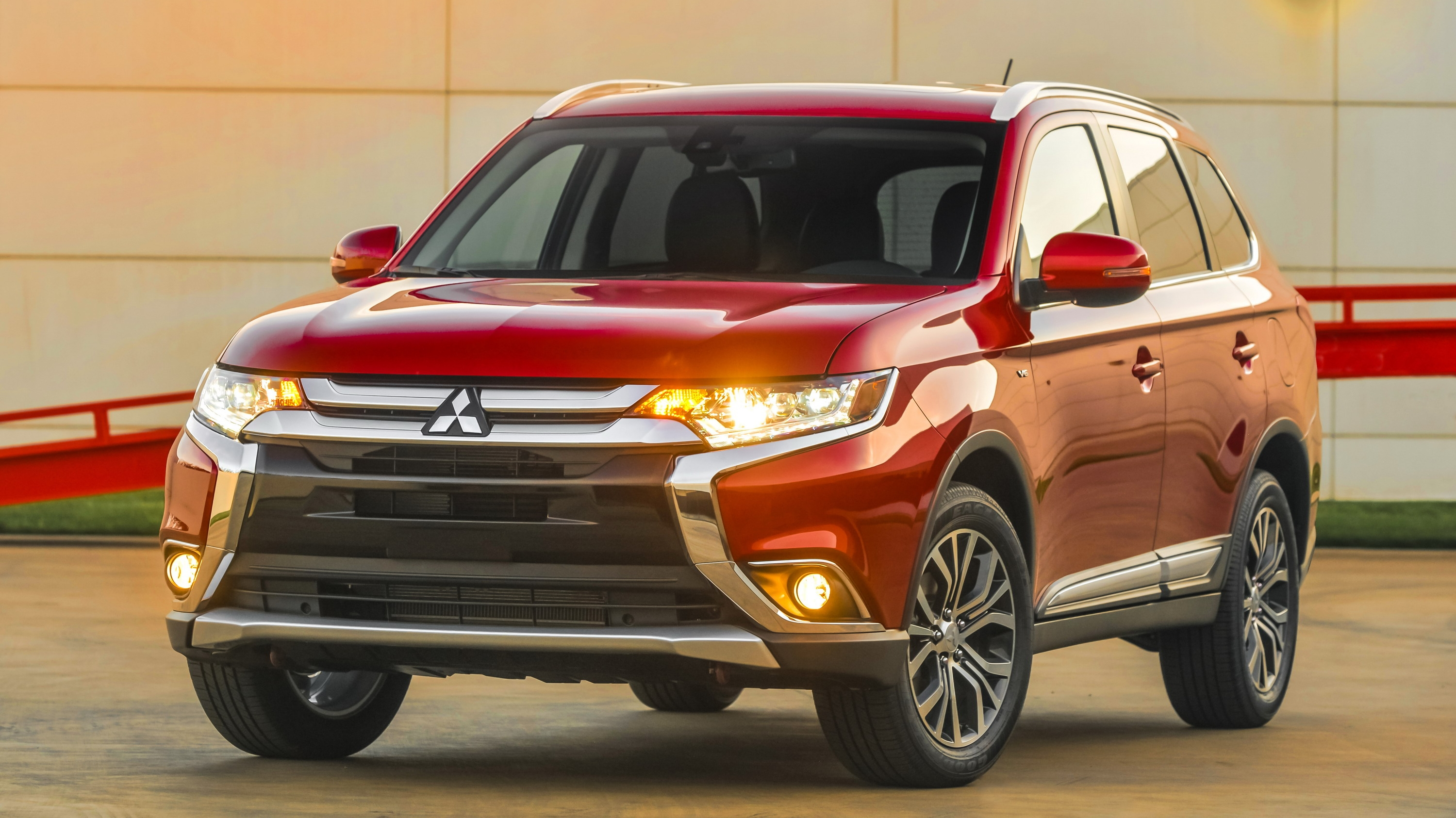 2016 Mitsubishi Outlander | Top Speed. »
