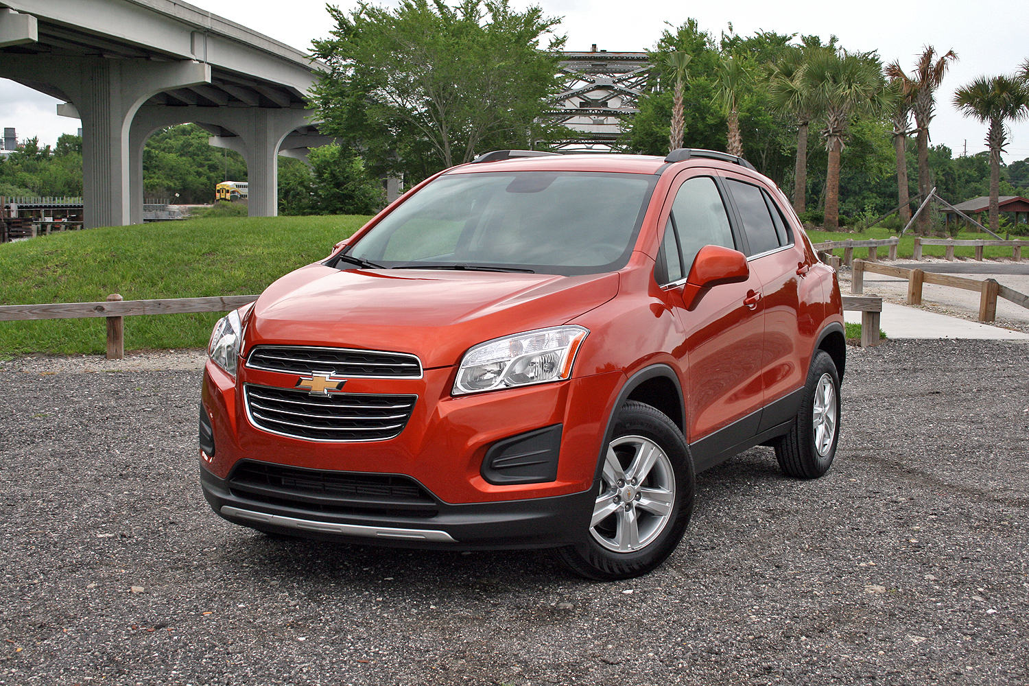 review car fwd test reviews tested driver photo chevrolet and awd trax original s