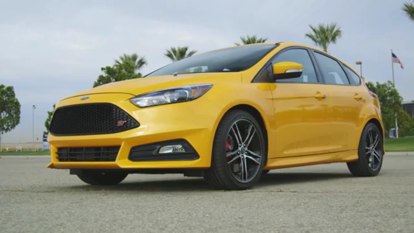 motor trend reviews 2015 ford focus st video top speed. Black Bedroom Furniture Sets. Home Design Ideas