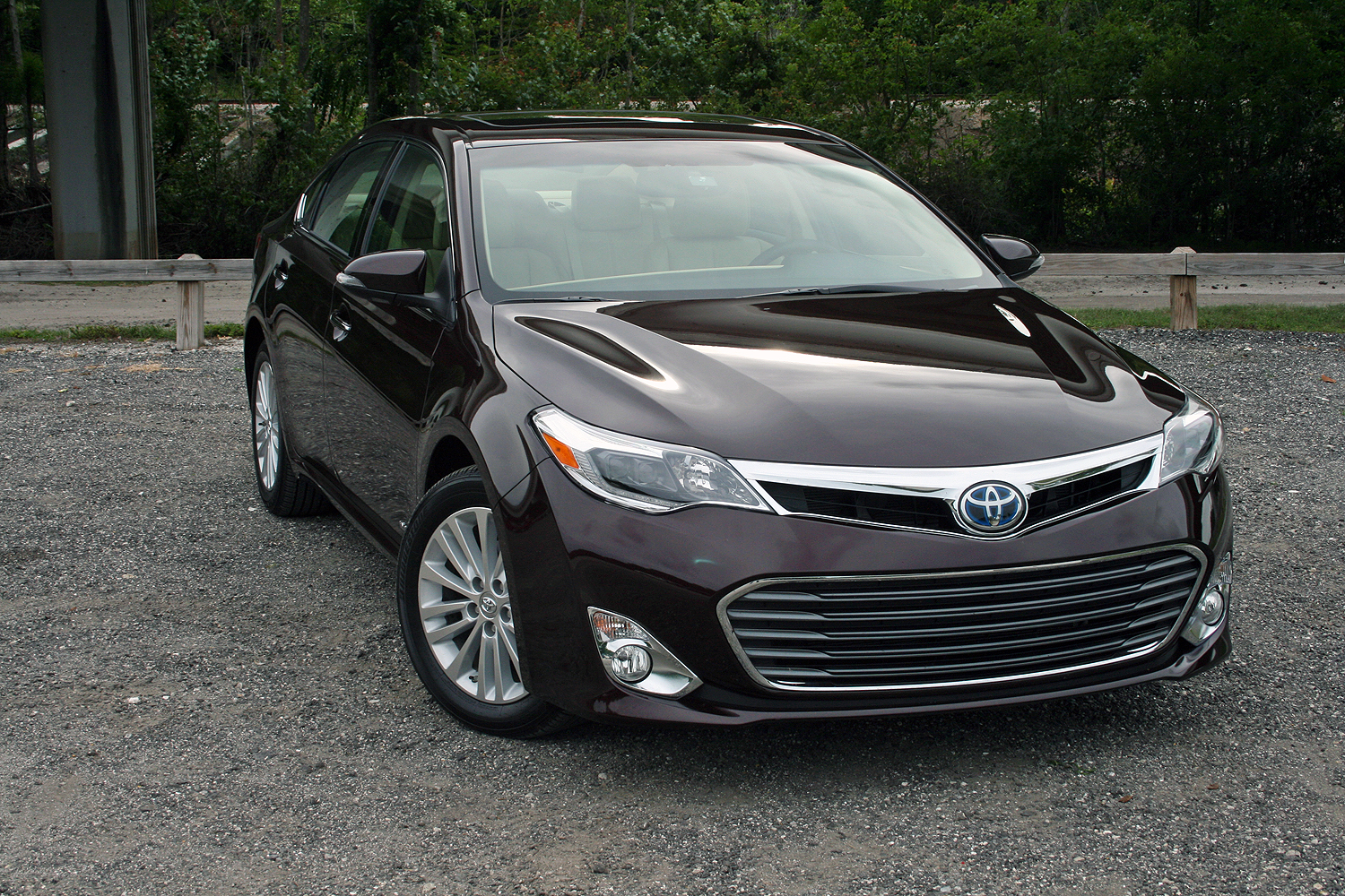2015 toyota avalon hybrid driven review top speed. Black Bedroom Furniture Sets. Home Design Ideas