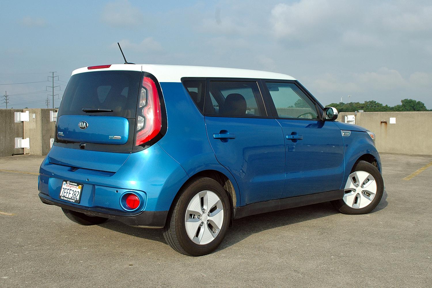 2015 kia soul electric driven review top speed. Black Bedroom Furniture Sets. Home Design Ideas