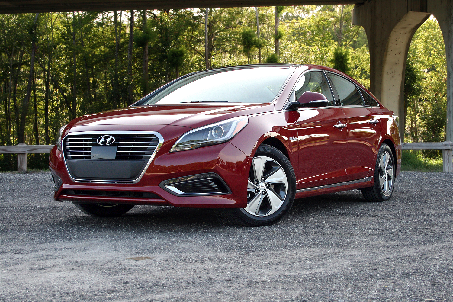 2016 hyundai sonata hybrid driven review top speed. Black Bedroom Furniture Sets. Home Design Ideas