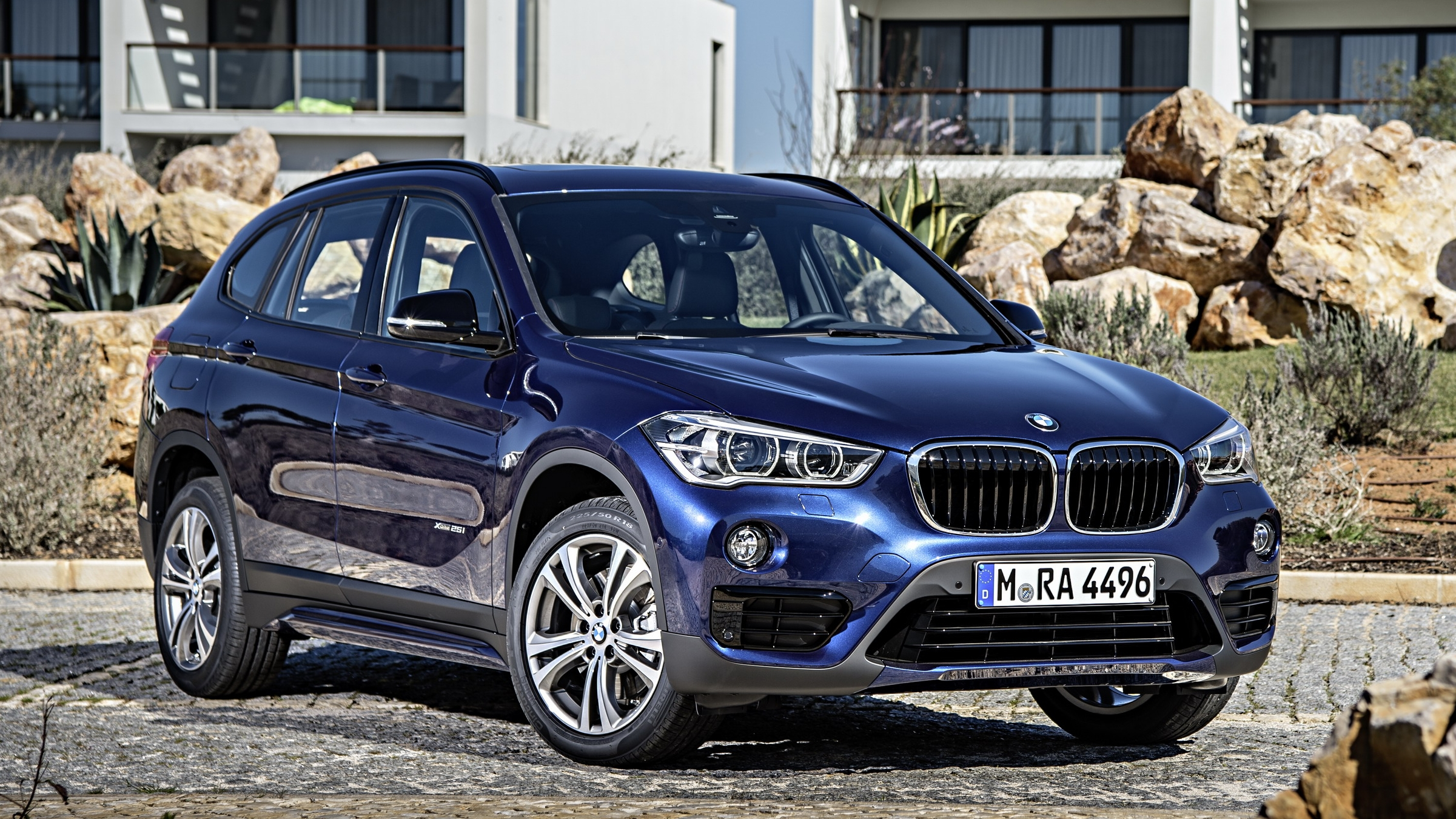 bmw x1 could get a hybrid version news gallery top speed. Black Bedroom Furniture Sets. Home Design Ideas