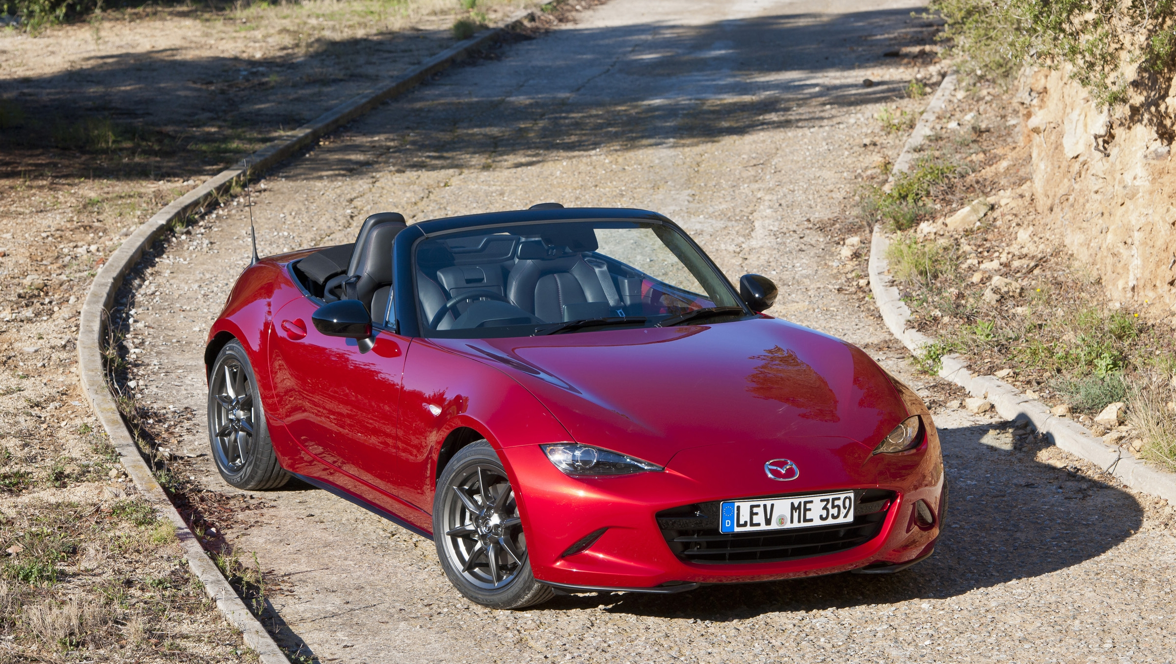mazda mx 5 won 39 t get a faster version anytime soon picture top speed. Black Bedroom Furniture Sets. Home Design Ideas
