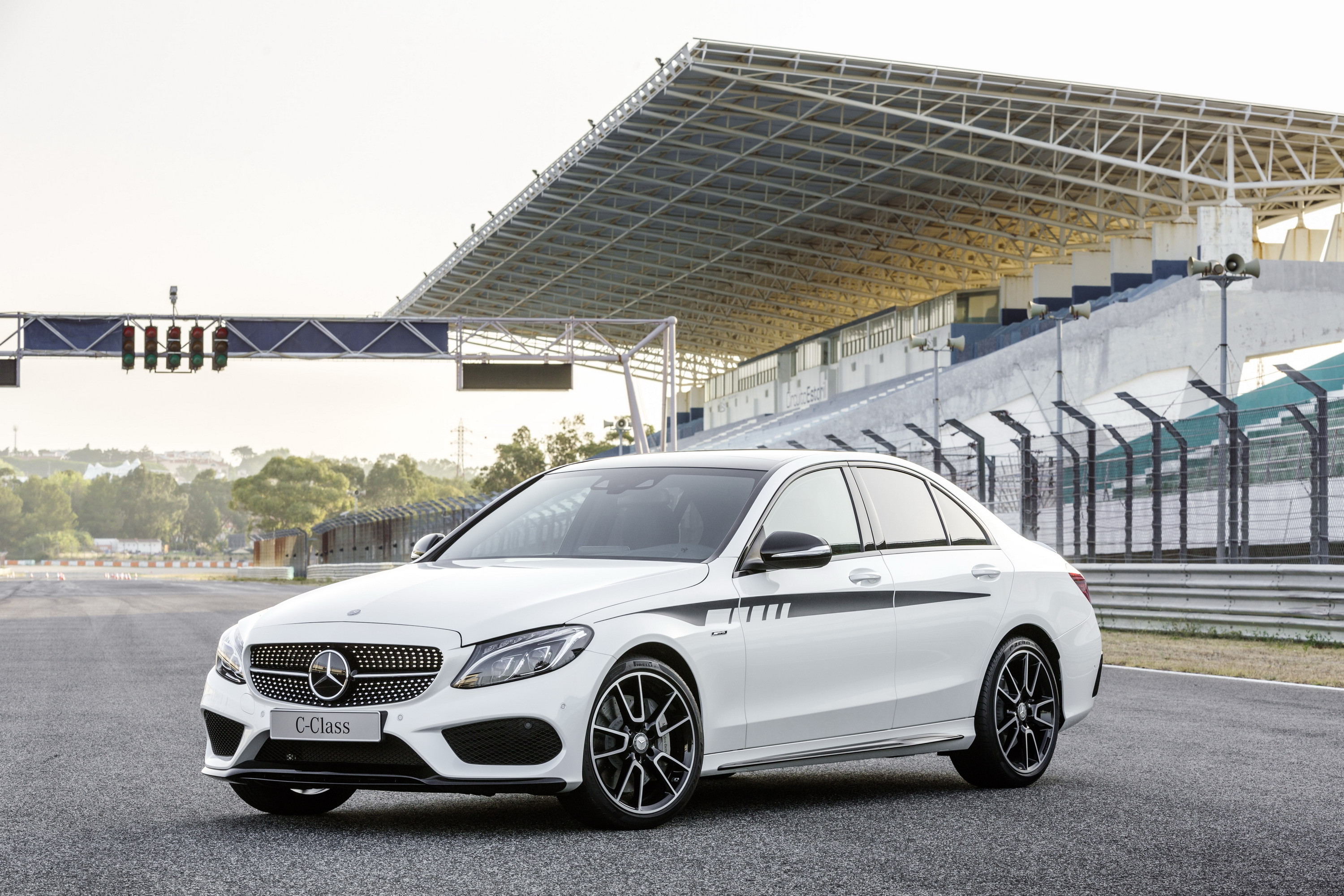 2015 Mercedes C-Class With AMG Accessories | Top Speed